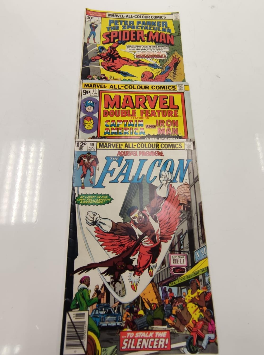 3 Eclectic Vintage Marvel Comics, including the rare 'Peter Parker, The Spectacular Spider-Man'. - Image 5 of 8