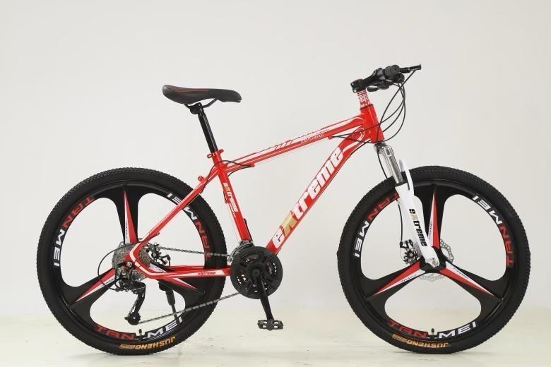 """Mountain bike in red and white 27 speed gears with 26"""" and 3 pin mag wheels (as new, never used)"""