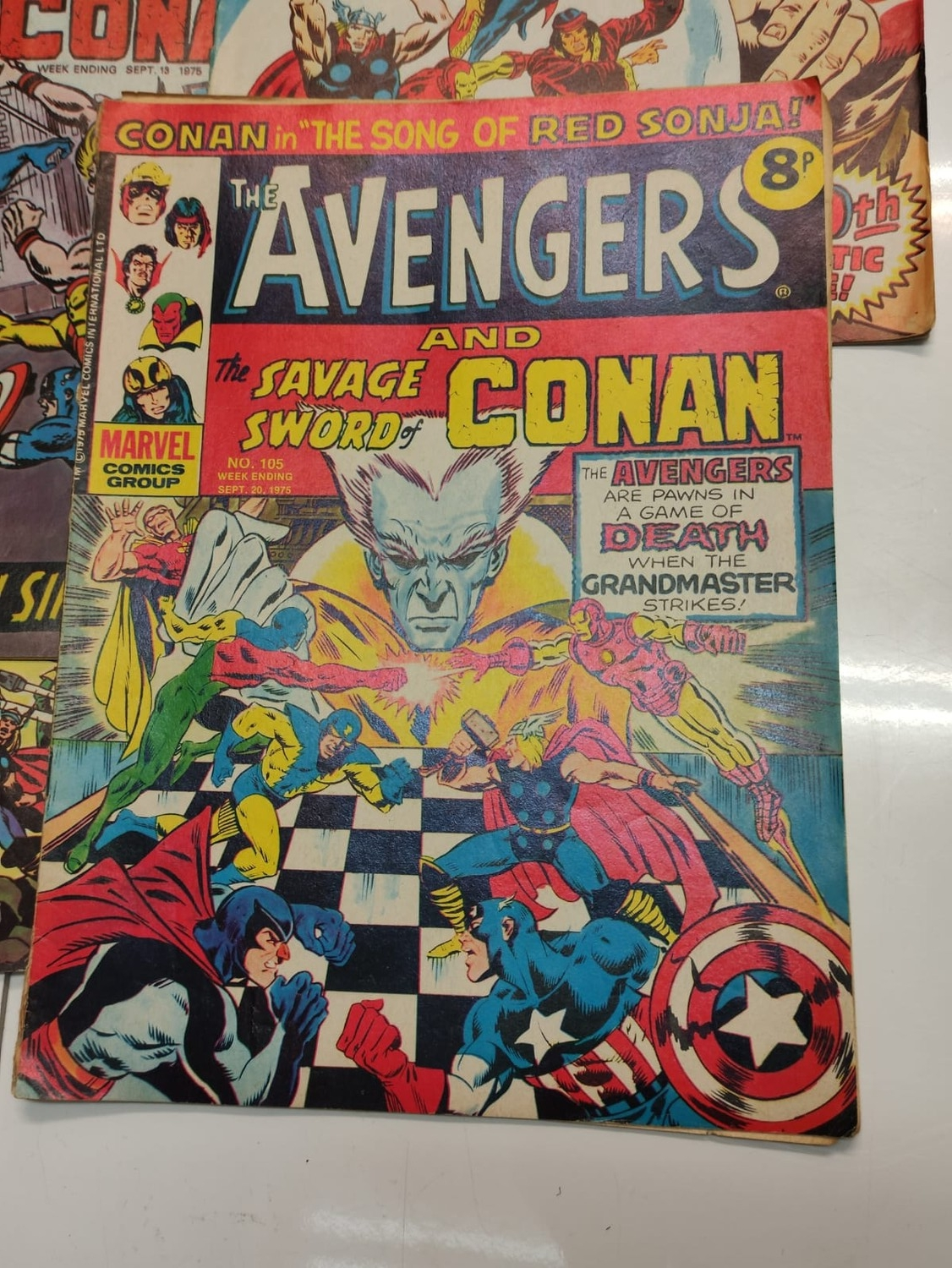 25 x Marvel comics. The Avengers. Dating from 1974-1976 - Image 18 of 18
