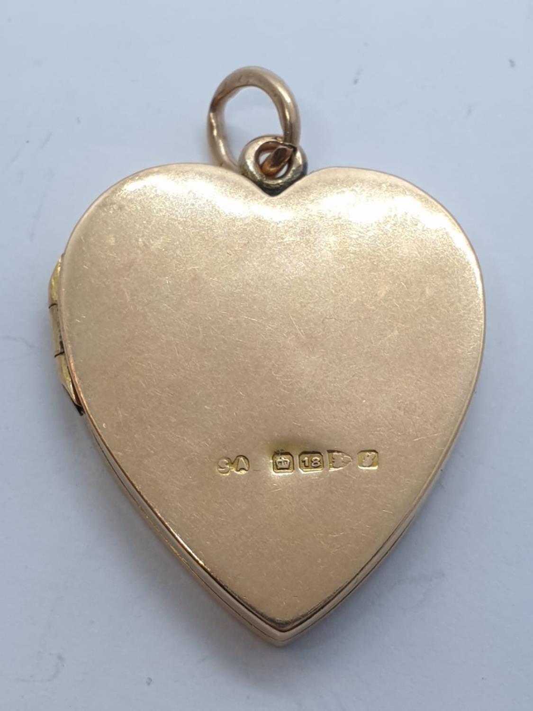 Vintage 18ct gold heart LOCKET /PENDANT . 9.7g 3cm - Image 4 of 4