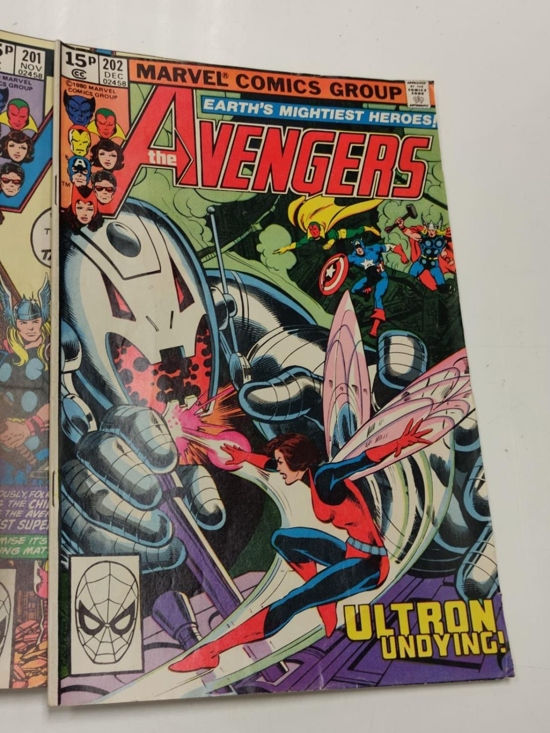 17 editions of Vintage Marvel 'The Avengers' comics in very good condition. - Image 12 of 12