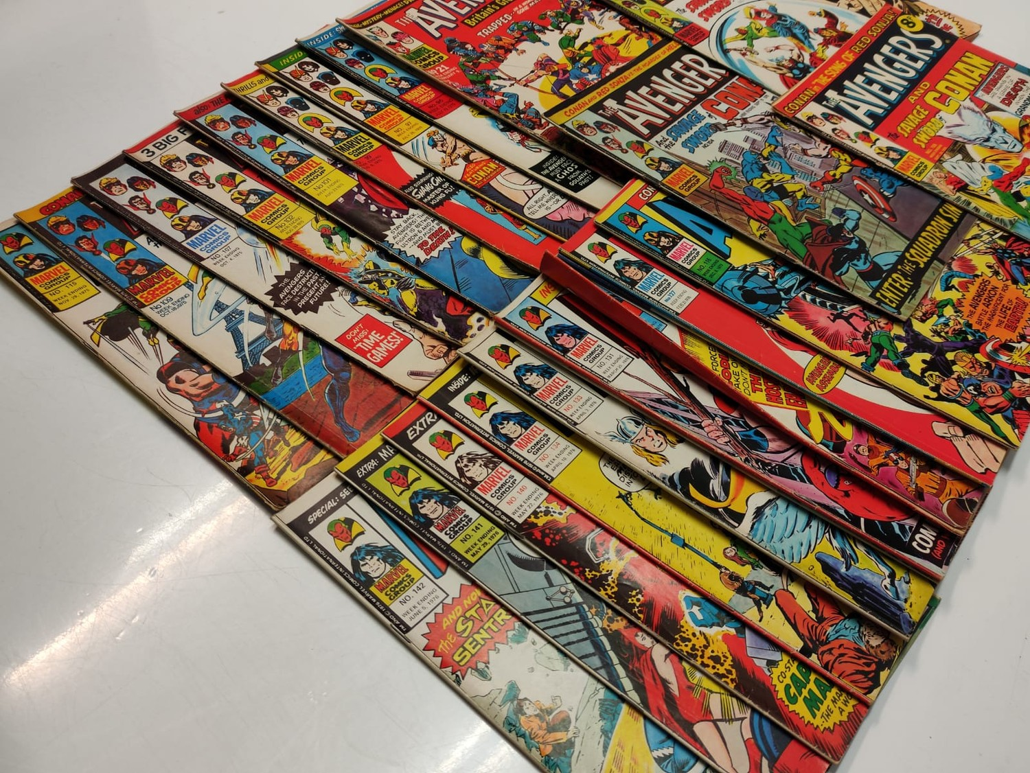 25 x Marvel comics. The Avengers. Dating from 1974-1976 - Image 4 of 18