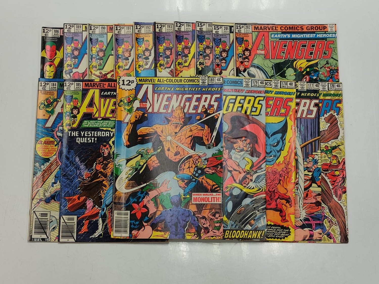 17 editions of Vintage Marvel 'The Avengers' comics in very good condition.