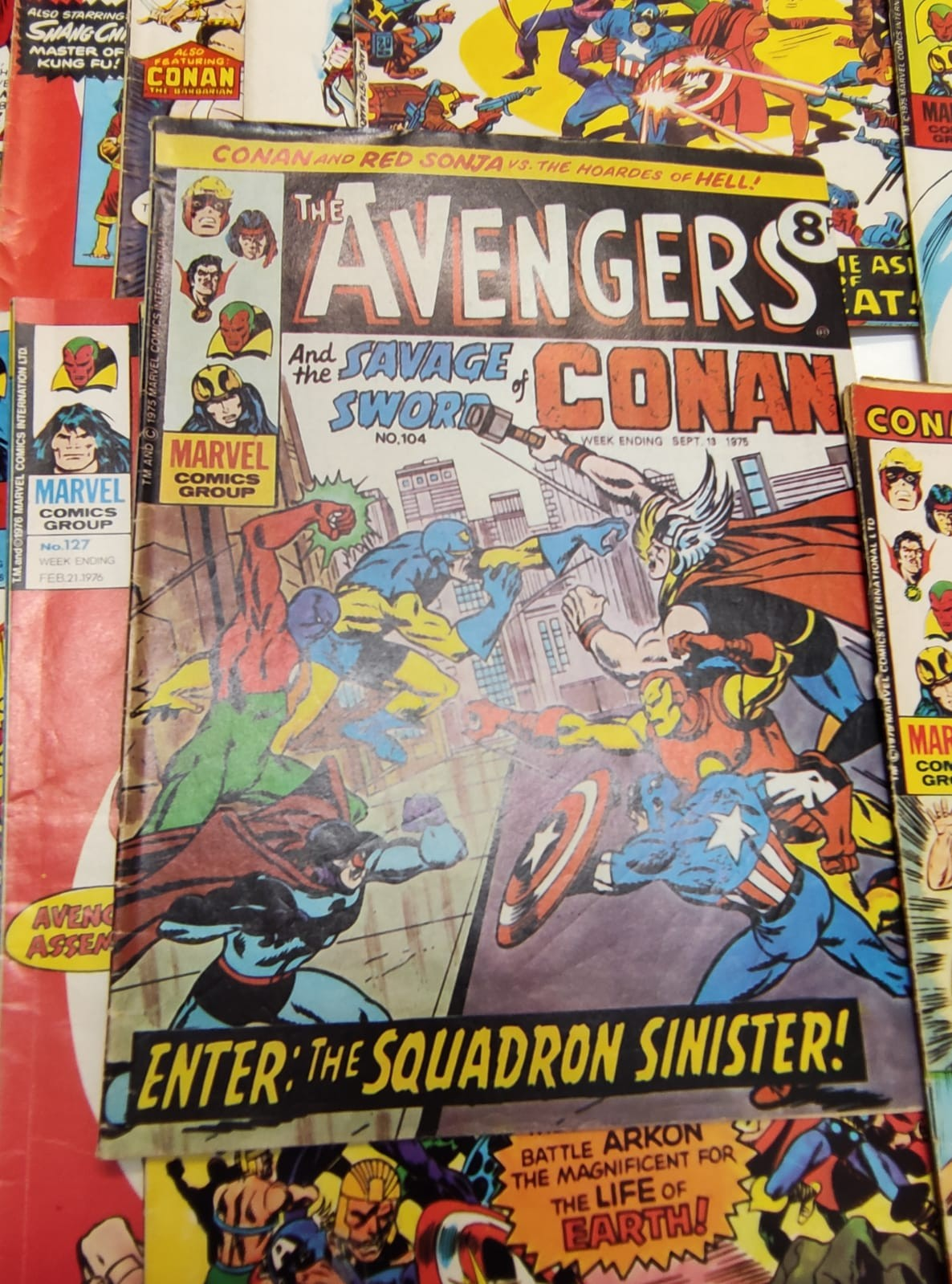 25 x Marvel comics. The Avengers. Dating from 1974-1976 - Image 17 of 18