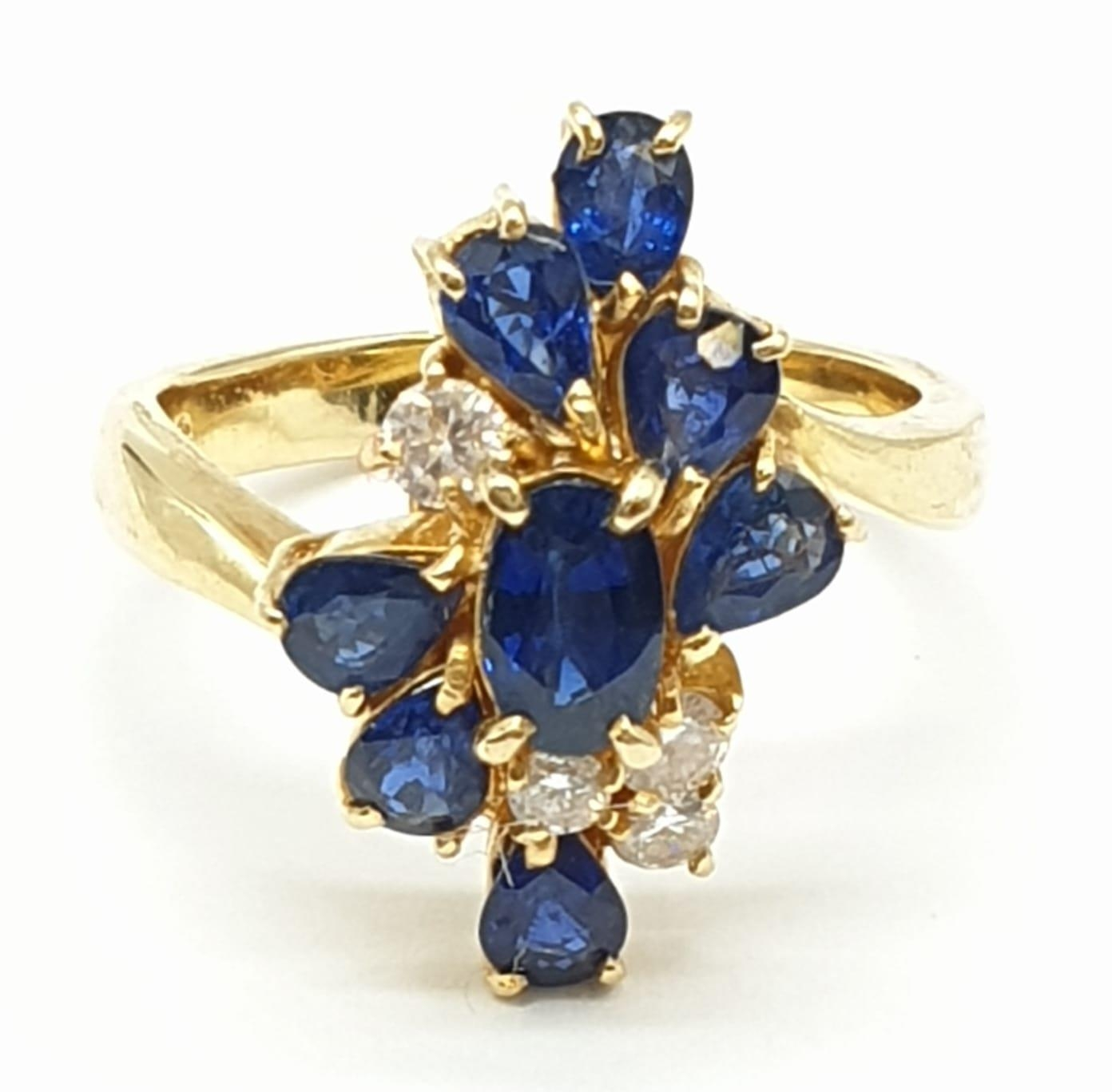 18ct Yellow Gold Cross Over Diamond and Sapphire Ring, Ring Size K, Weight 5.8g