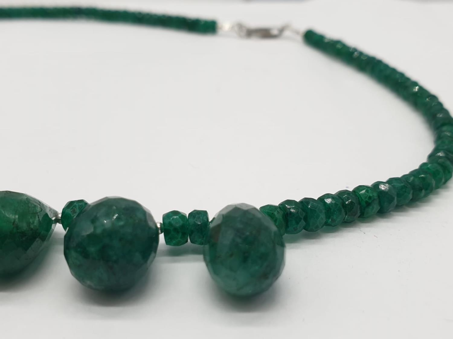 A Emerald Drops Necklace With Matching Dangler Earrings