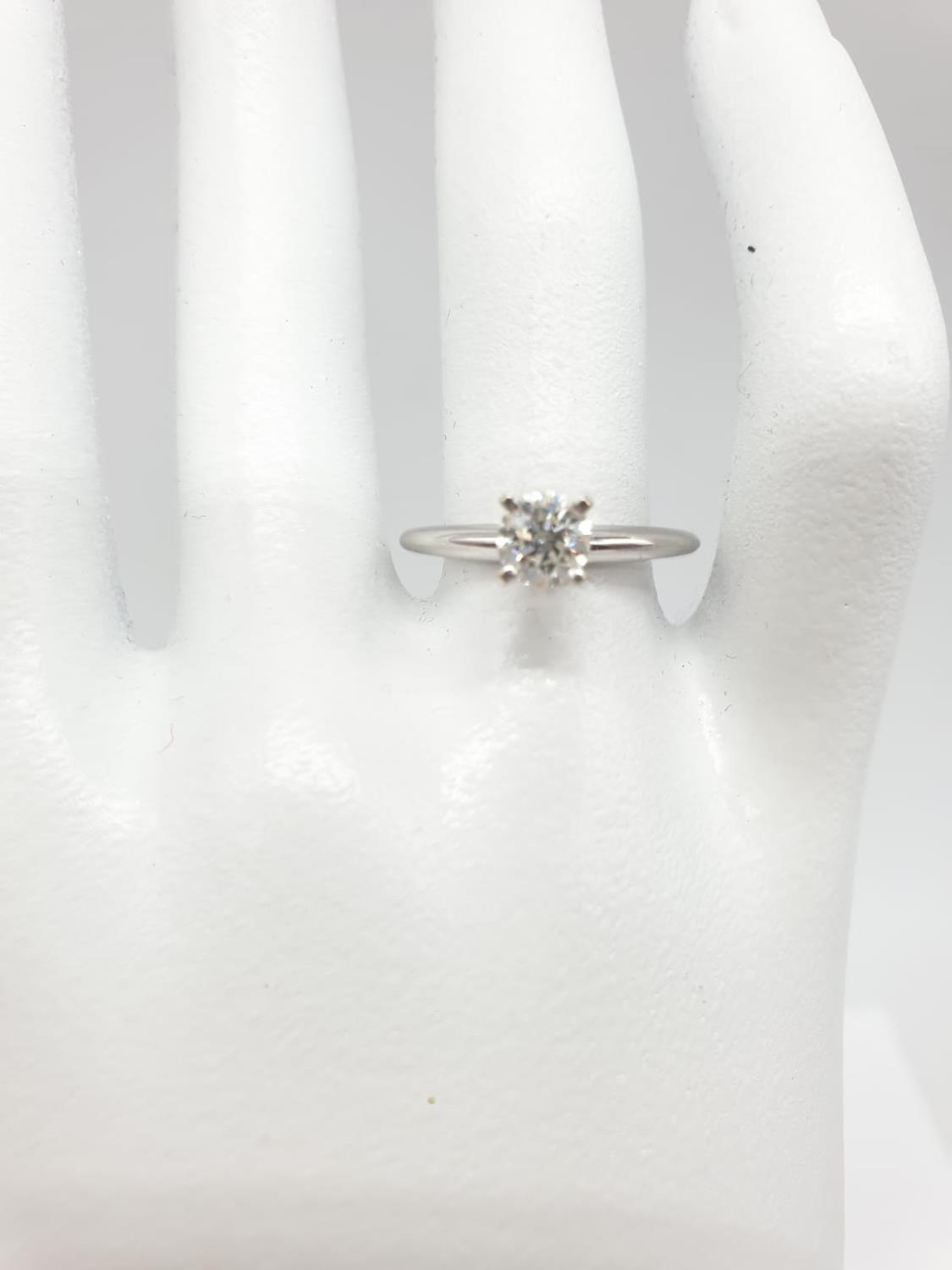 14ct white gold with 0.56ct diamond solitaire ring (round brilliant cut, colour H, clarity SI1 - Image 3 of 18