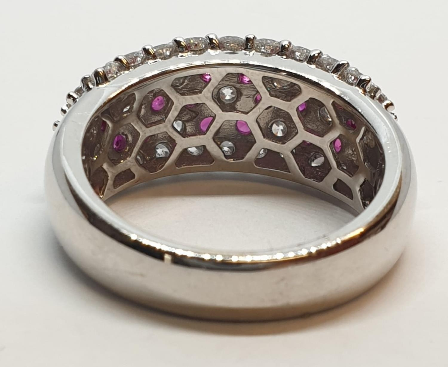 18ct white gold ring with over 1ct ruby and 1.8ct diamonds in flower design, weight 9.39g and size M - Image 6 of 11