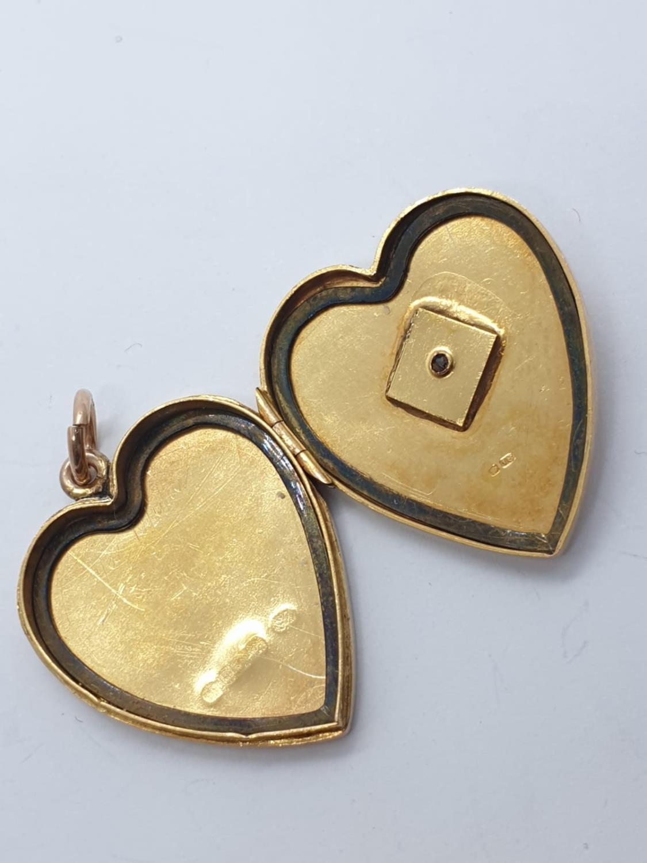 Vintage 18ct gold heart LOCKET /PENDANT . 9.7g 3cm - Image 2 of 4