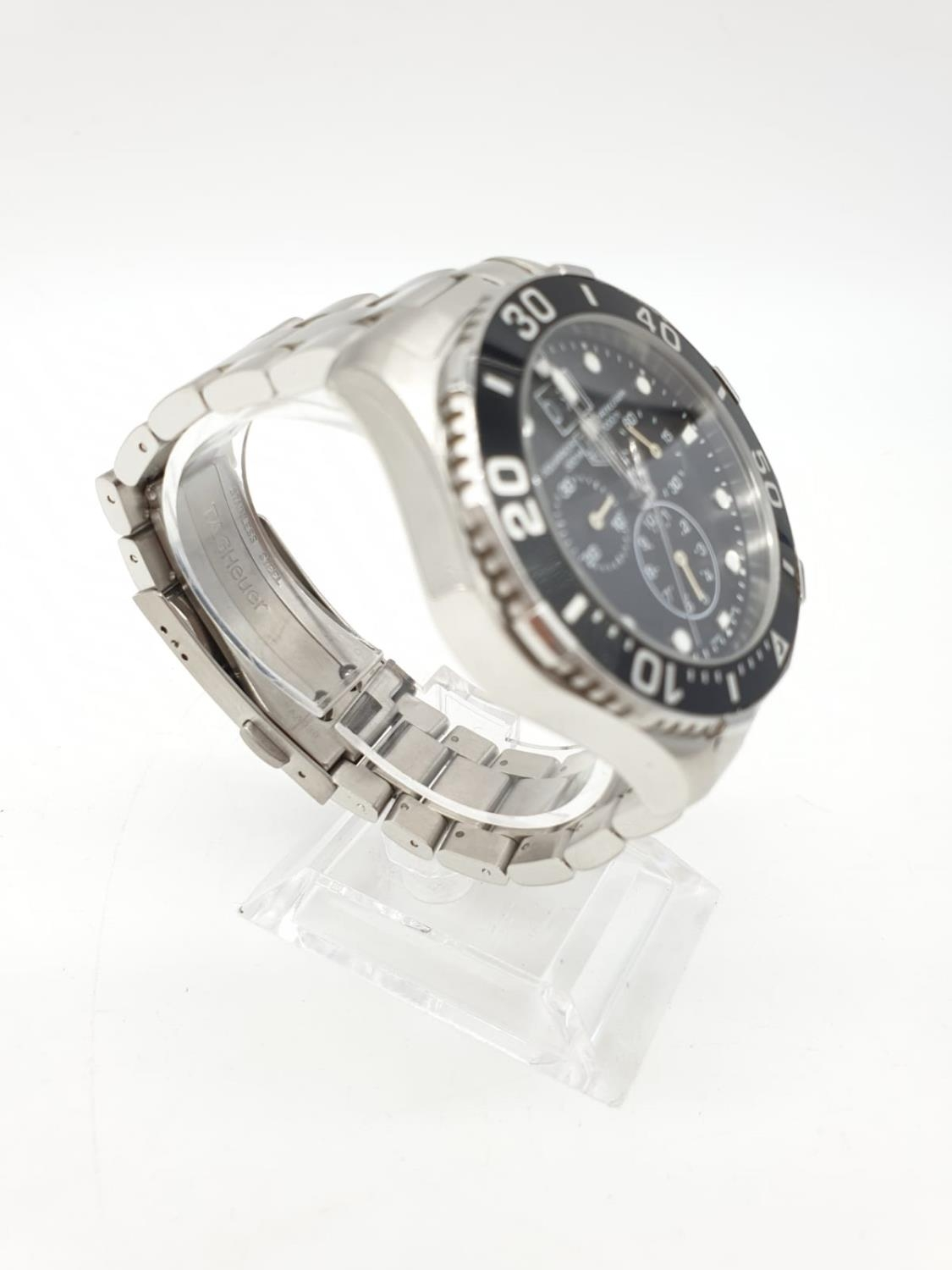Tag Heuer gents chronograph Aquaracer watch, black face twisted bezel and steel strap, 44mm case - Image 10 of 14