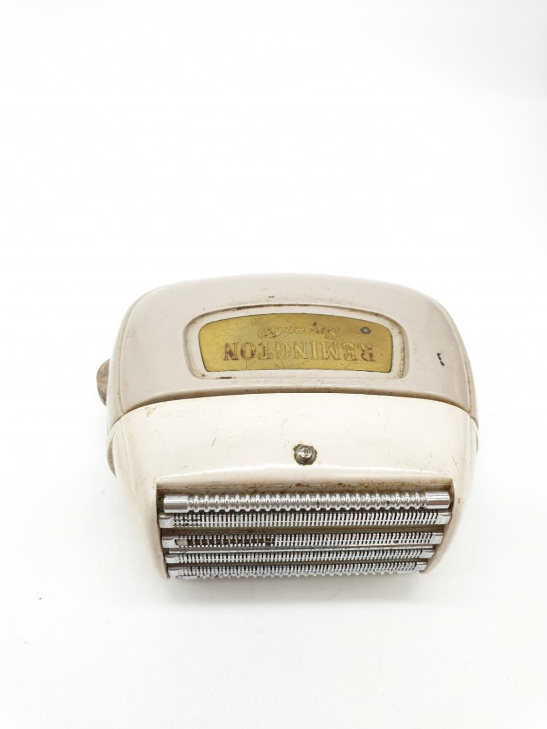 A Selection of 4 Vintage Razors including Remington & Schick. - Image 8 of 9