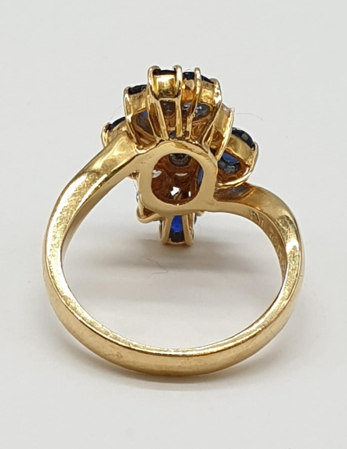 18ct Yellow Gold Cross Over Diamond and Sapphire Ring, Ring Size K, Weight 5.8g - Image 4 of 6