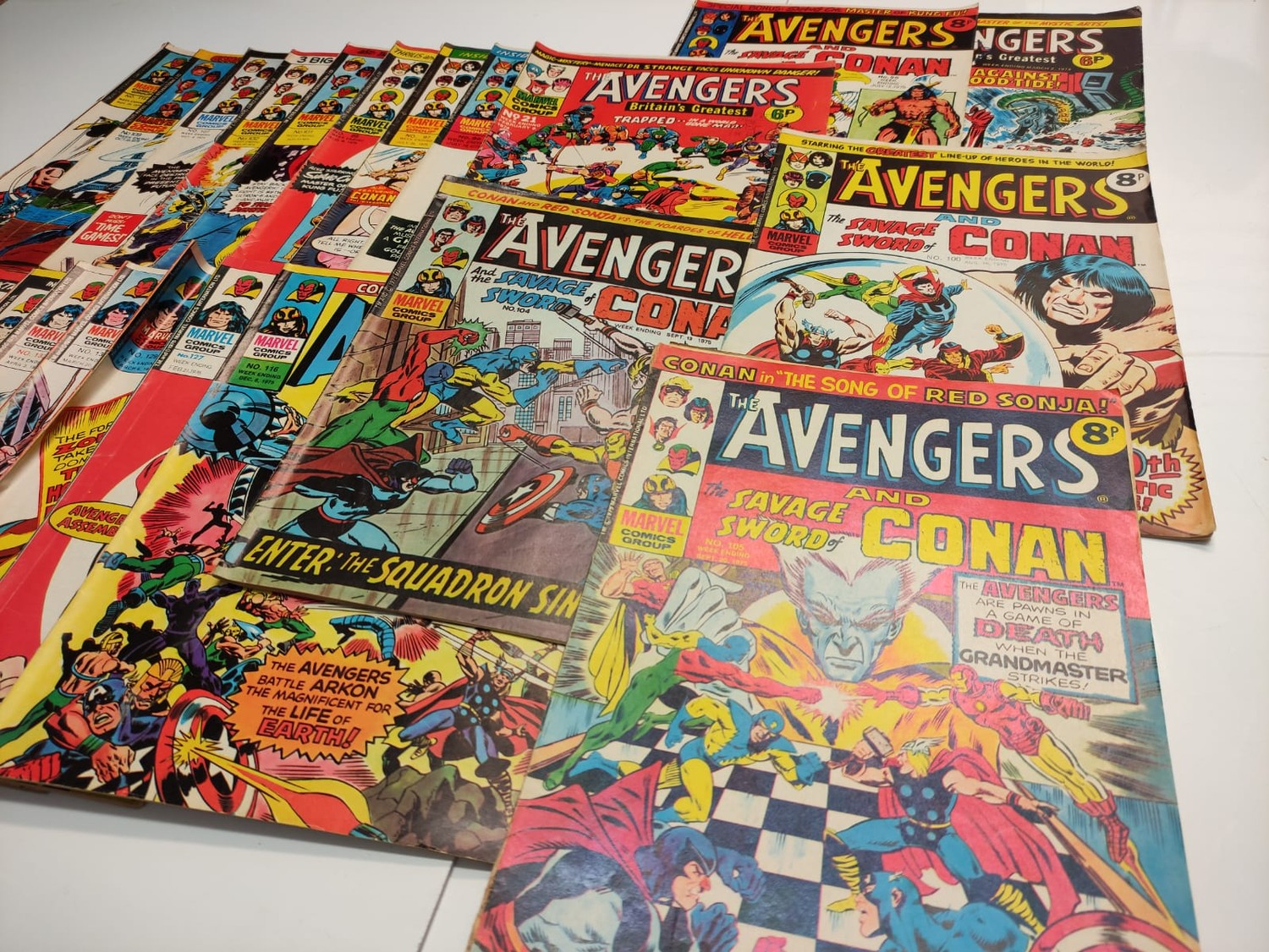 25 x Marvel comics. The Avengers. Dating from 1974-1976 - Image 3 of 18