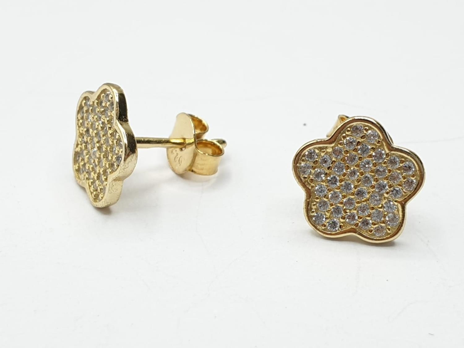 Gold plated silver set of PENDANT and matching EARRINGS. 3.7g 40cm chain. - Image 2 of 7