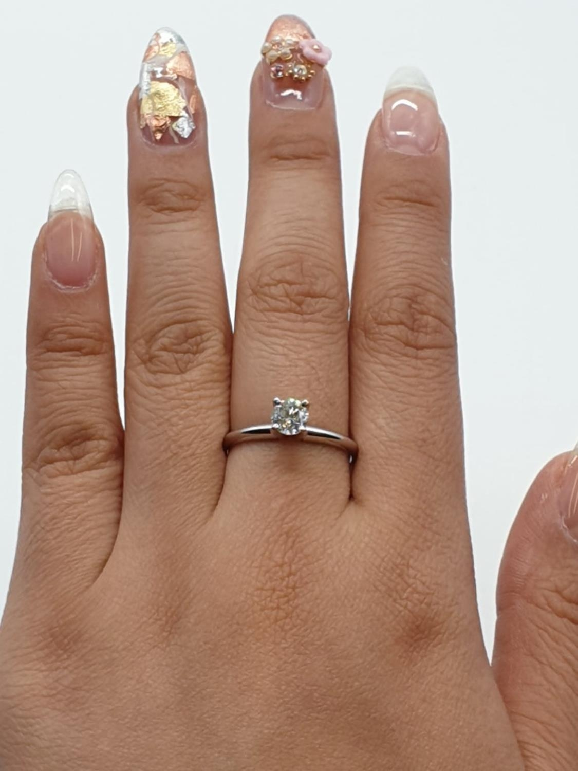 14ct white gold with 0.56ct diamond solitaire ring (round brilliant cut, colour H, clarity SI1 - Image 14 of 18