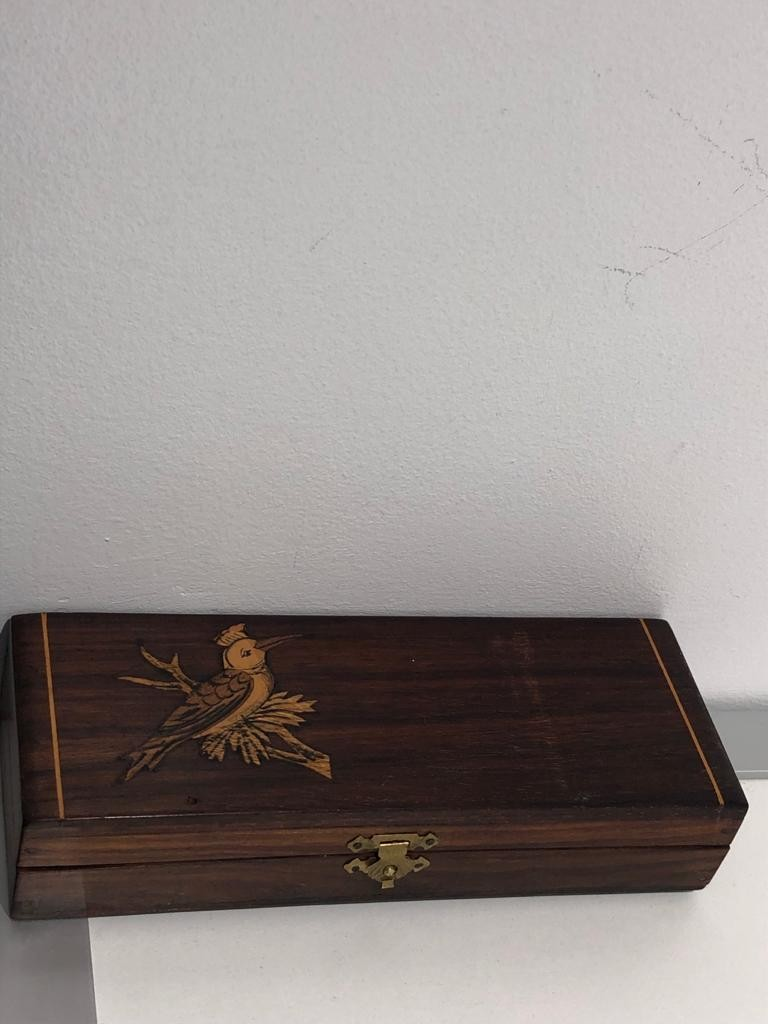 rosewood ( waxed and varnished) box; 19.9x7.2x4cm - Image 3 of 3