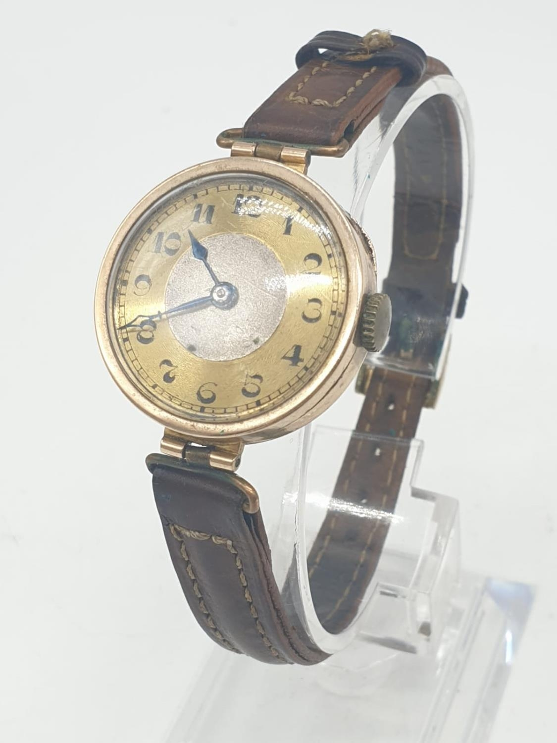 Vintage 9ct gold ladies wrist watch with leather strap