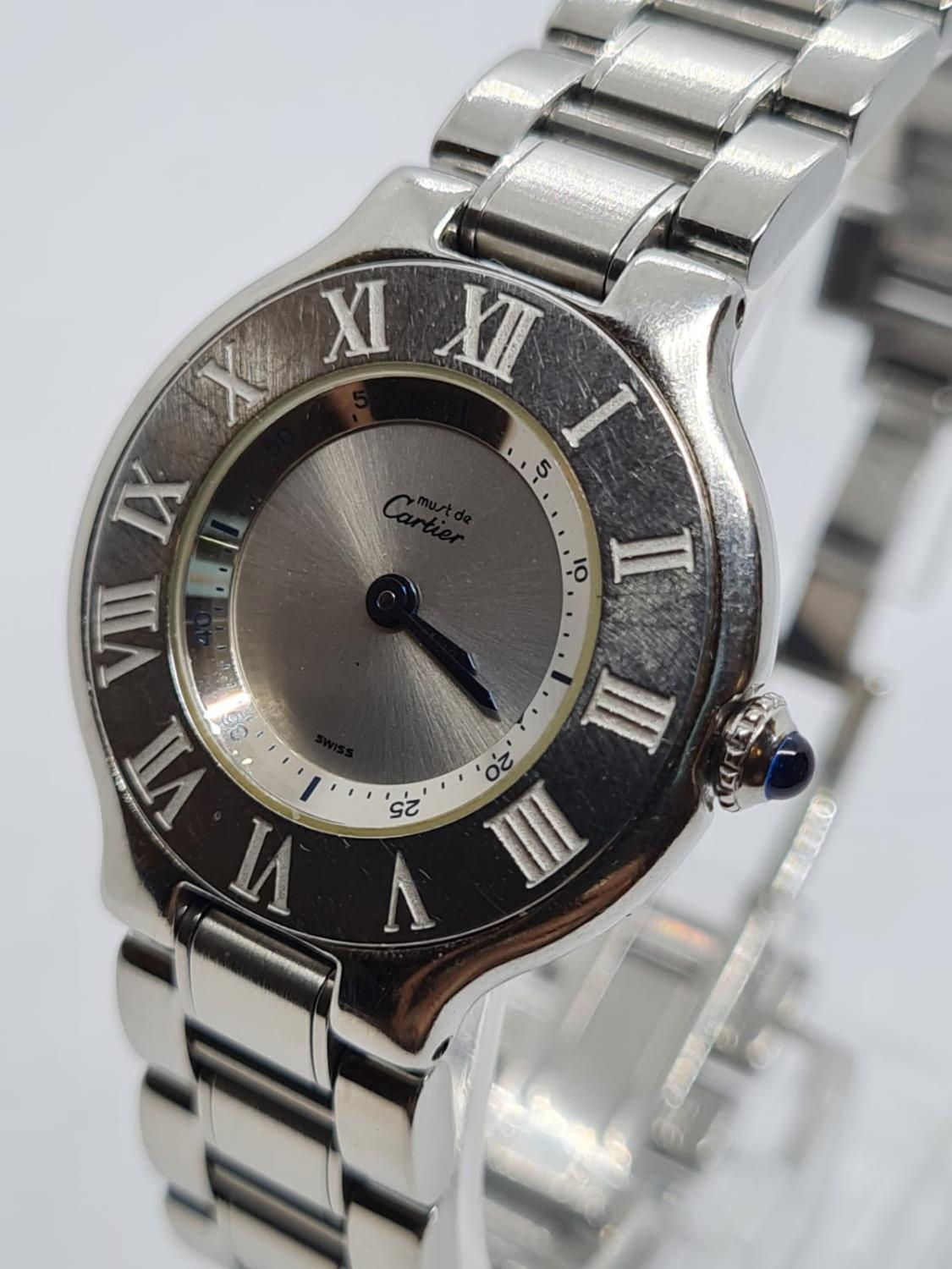 Must de Cartier Ladies WATCH with round face and Roman Numerals. 28mm case. - Image 3 of 5