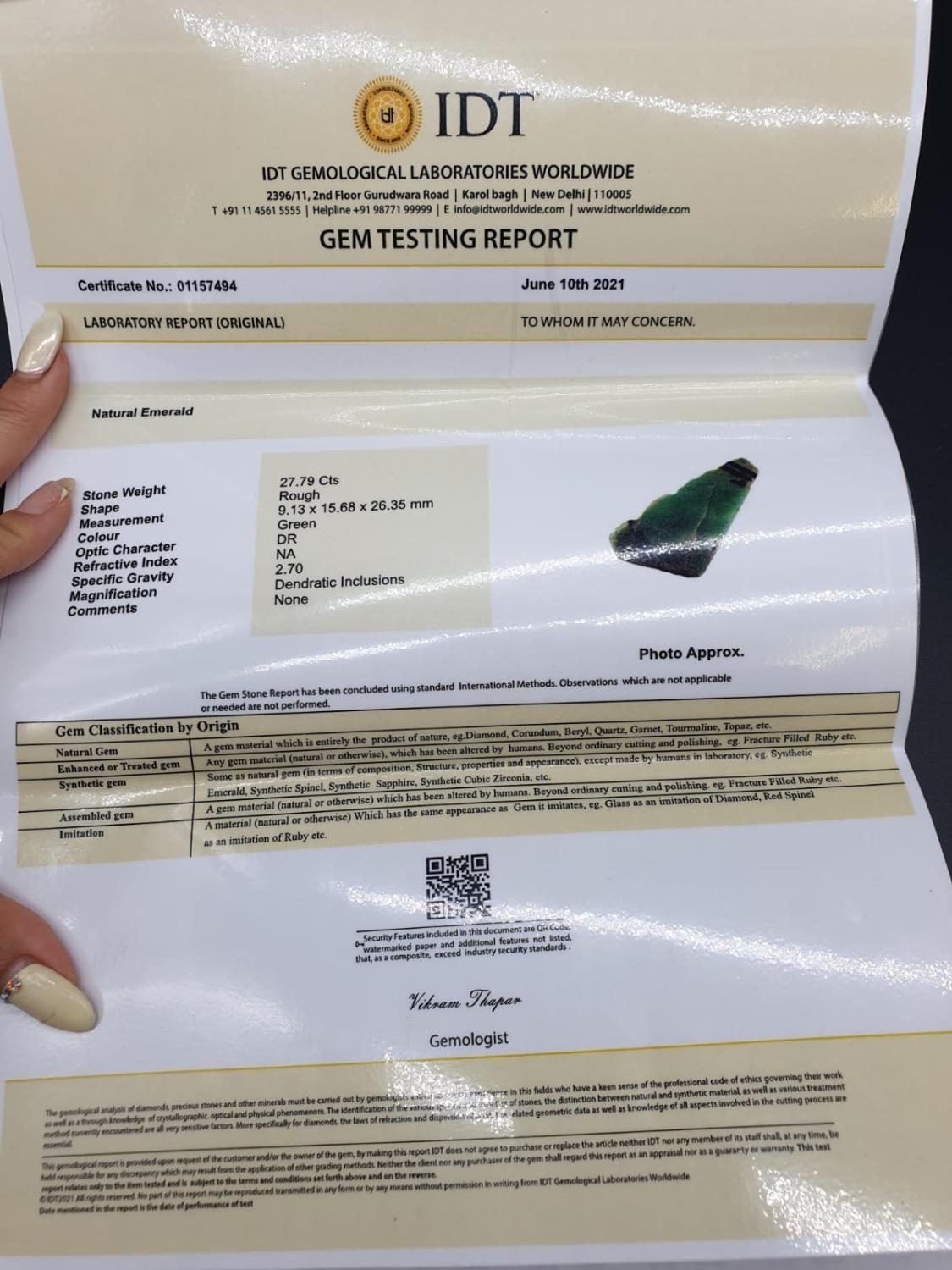 27.79 Ct Natural Emerald. Rough shape. IDT certified - Image 6 of 6