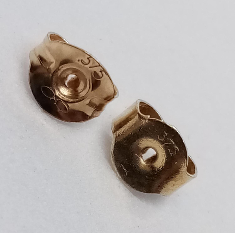 Pair of 9ct Diamond Stud EARRINGS . 2.3g - Image 3 of 3