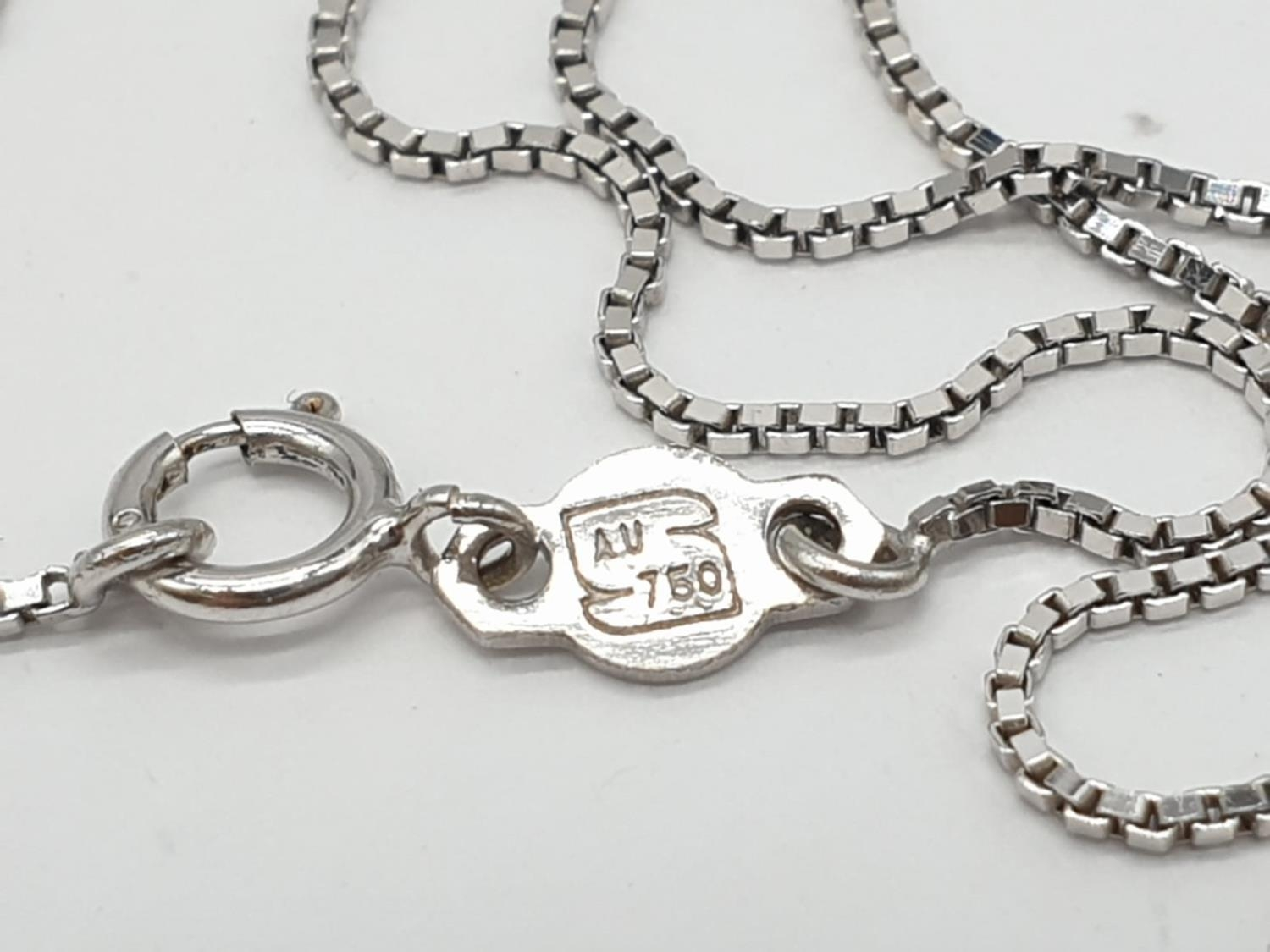 18ct White Gold Diamond Cross on a 38cm CHAIN. 5g - Image 7 of 7