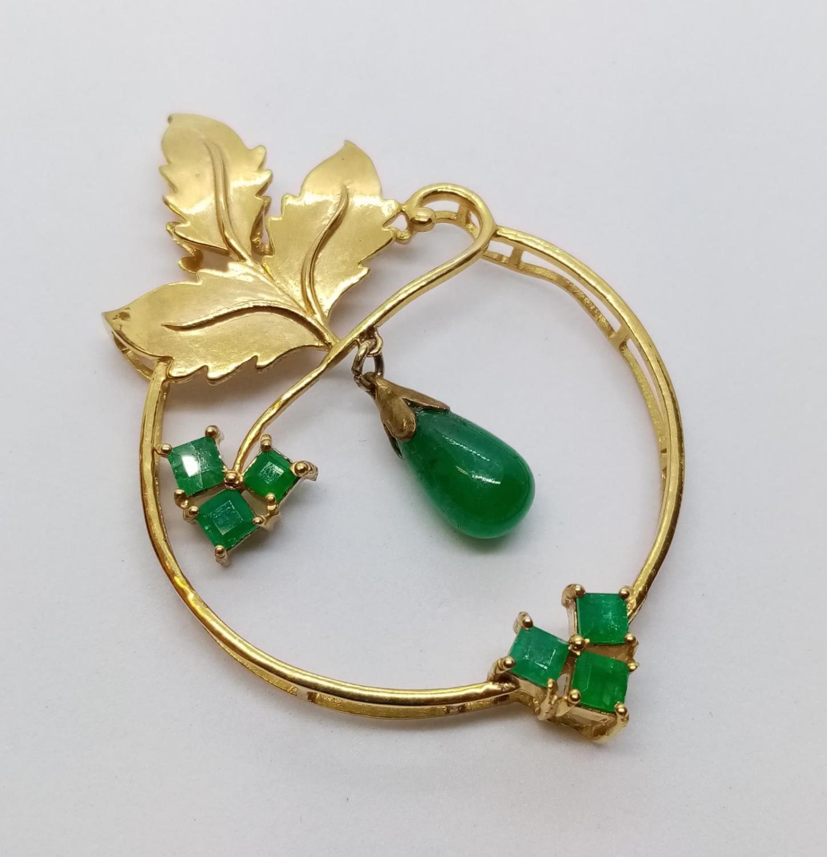 Emerald on Yellow Metal PENDANT. 7.6g
