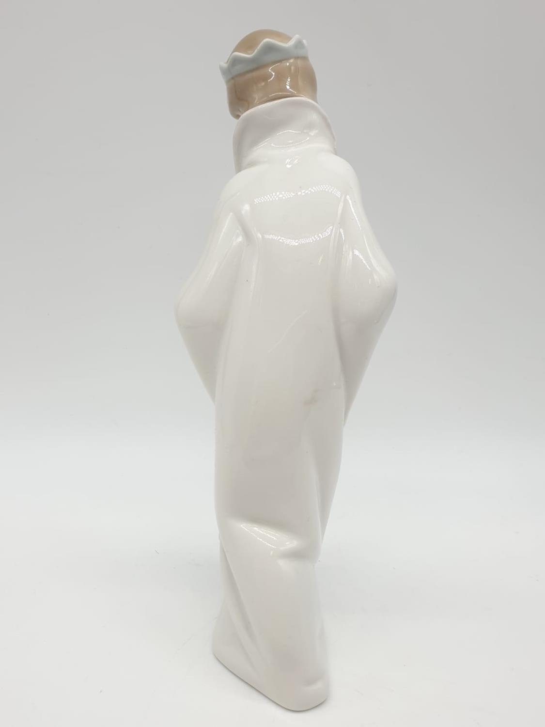 Lladro statue of a young Prince holding a car. 21cm tall. - Image 4 of 6