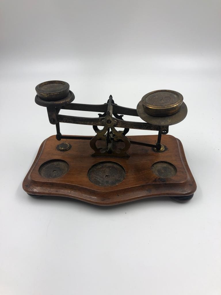 An antique set of postal sealers with original weights, 20x11cm - Image 4 of 4