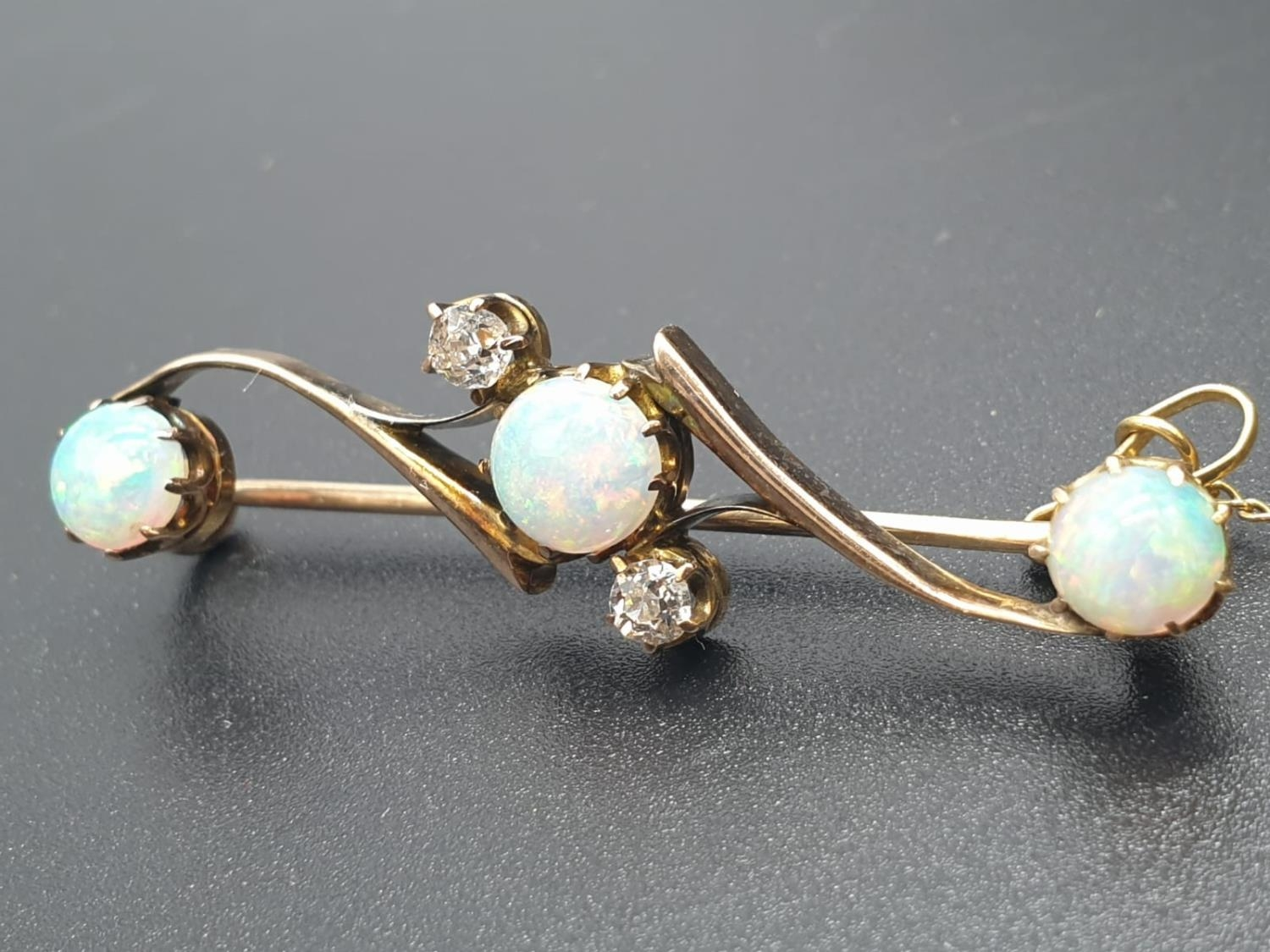 Opal Yellow Metal and Diamonds Antique BAR BROOCH. 3.5g 4cm width. - Image 3 of 8