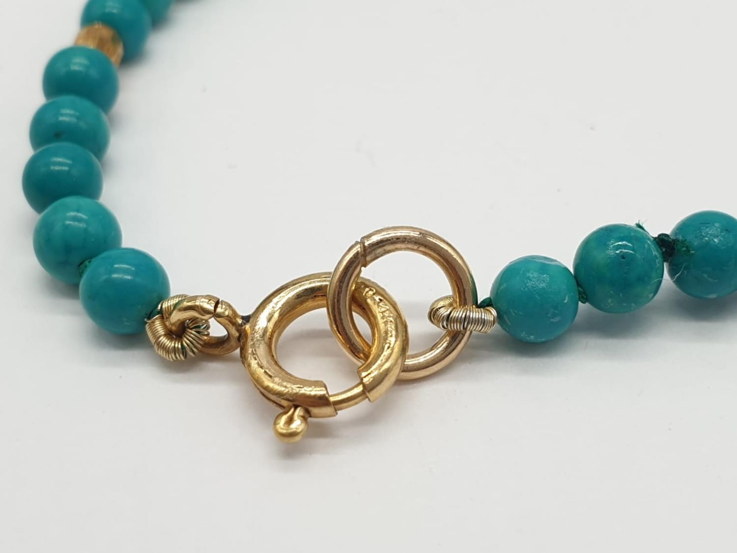 Turquoise and 9ct Gold NECKLACE. 10g 40cm - Image 4 of 5