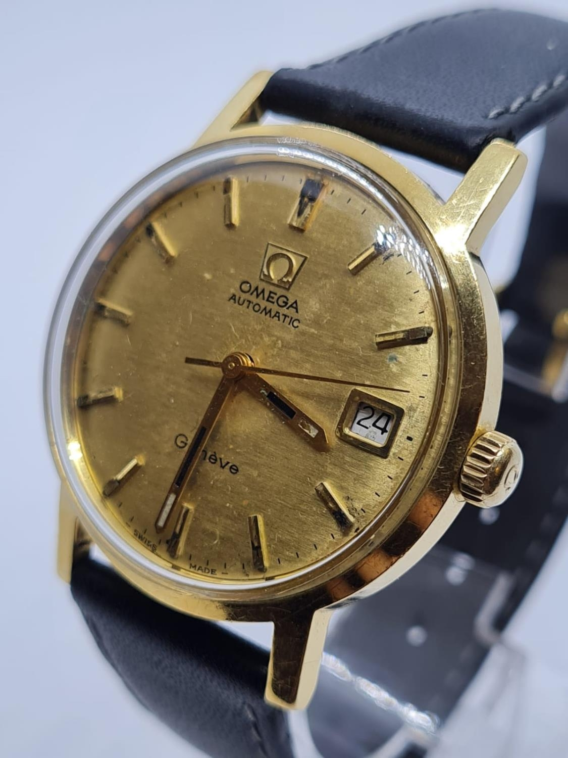 Vintage Omega Automatic Gents WATCH 18ct Gold circa 1970. 35mm case. - Image 3 of 4