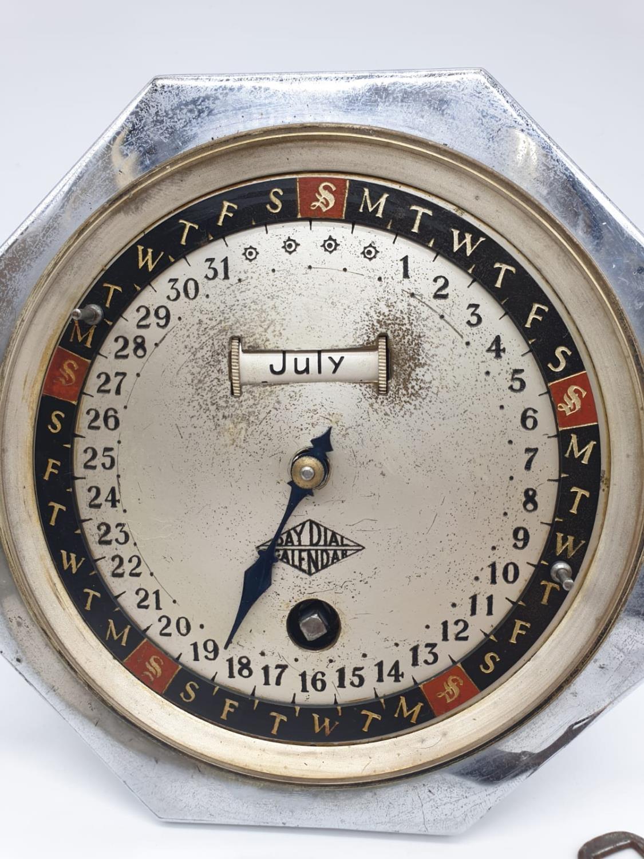Hofmeier date calender clock with key, 15cm diameter. - Image 3 of 6