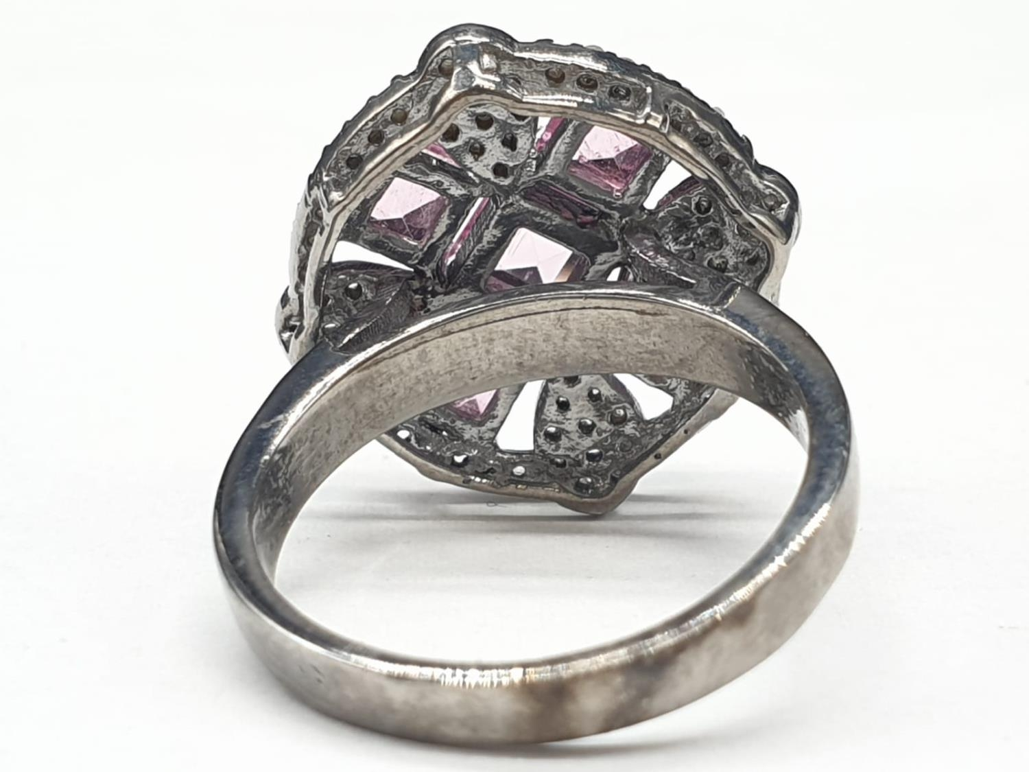 925 blackened silver ring. Consisting of 2.50 Ct Tourmaline & 0.50 Ct Rose cut diamonds, weight 6g - Image 4 of 6