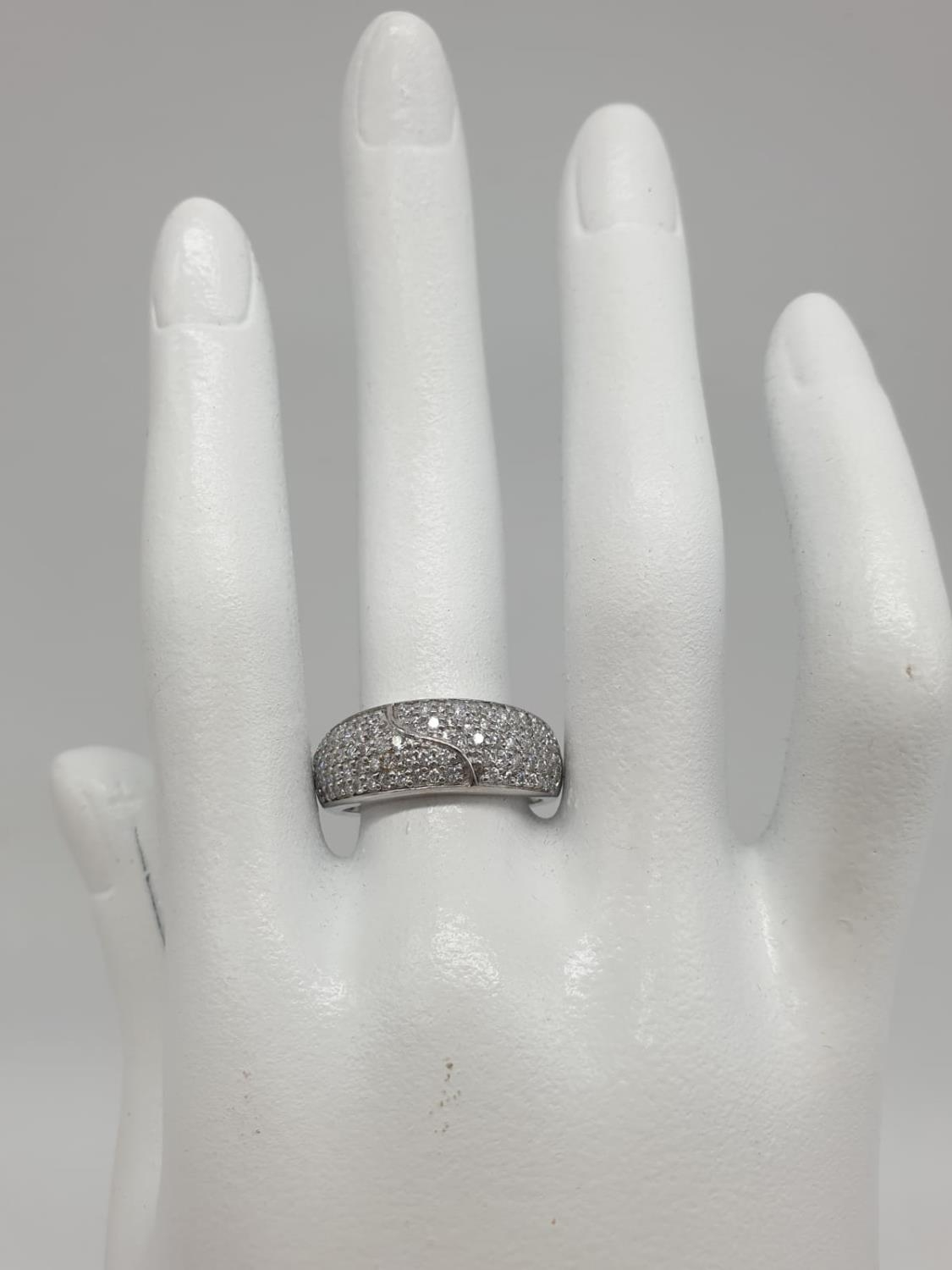 18ct diamond encrusted stylist ring. Weighs 5.6g and is a size O. - Image 7 of 7