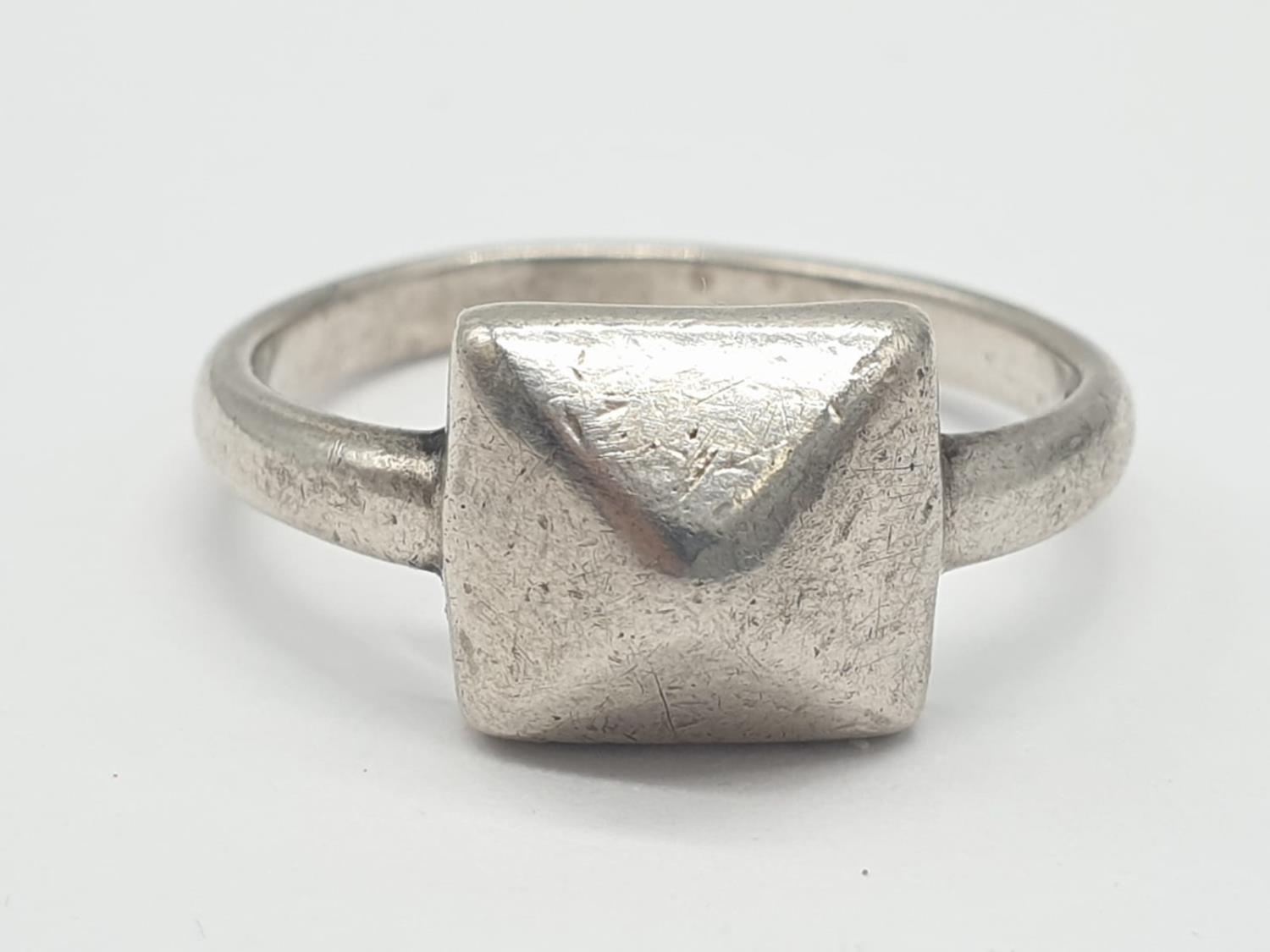 2 x Silver RINGS, Dolphin Size O. Star Size J. 5.1g - Image 9 of 12