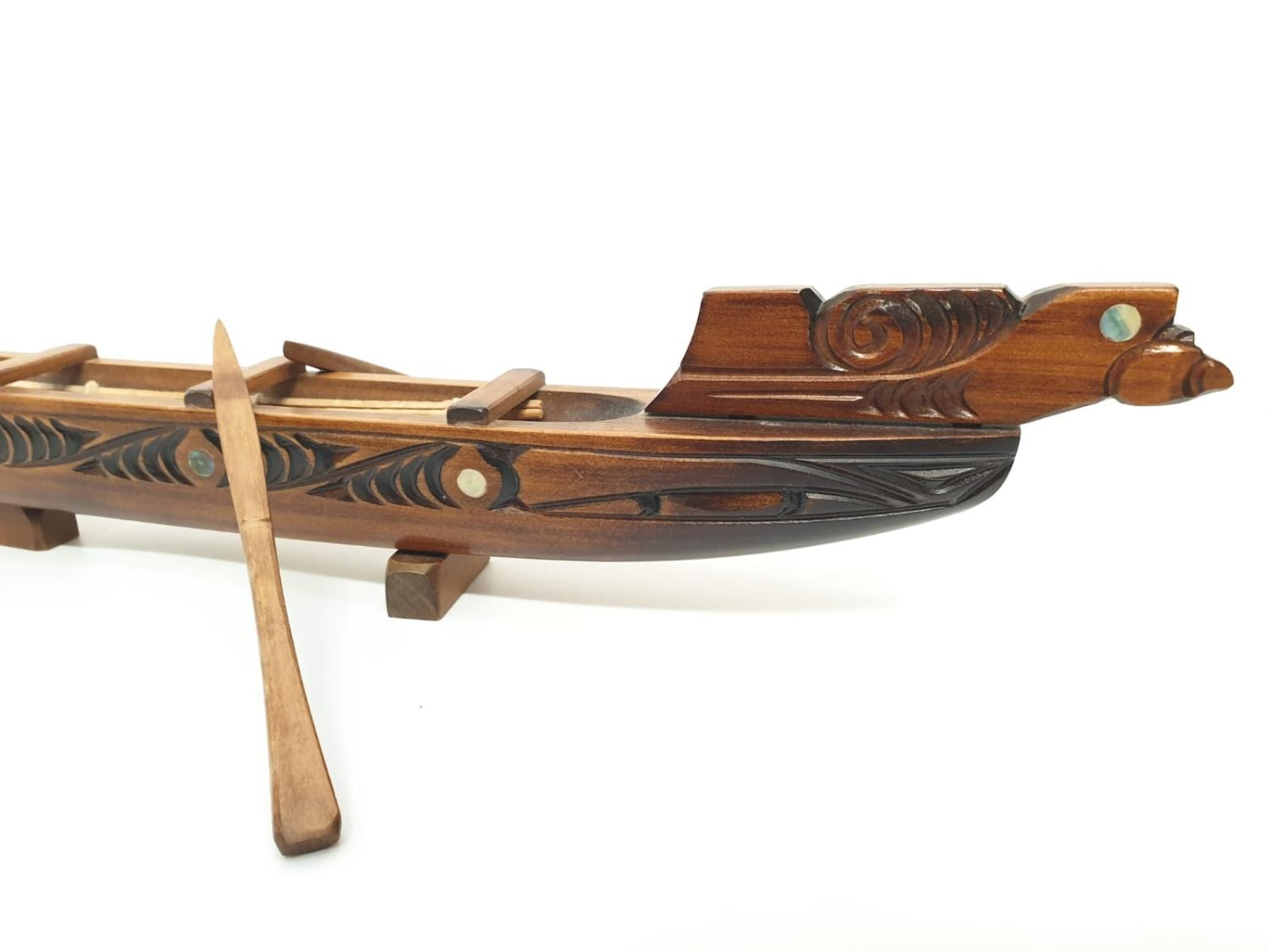 Hawaiian hand carved wooden boat, 49x20cm - Image 2 of 9