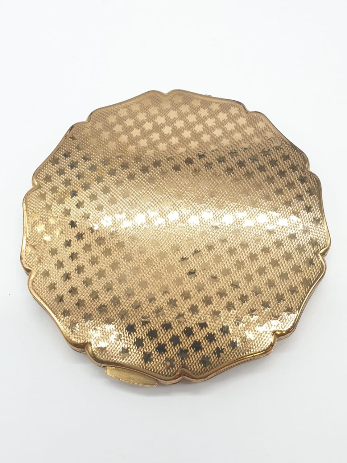 Vintage enamel top Stratton compact (small scratch on top) A.F - Image 6 of 7