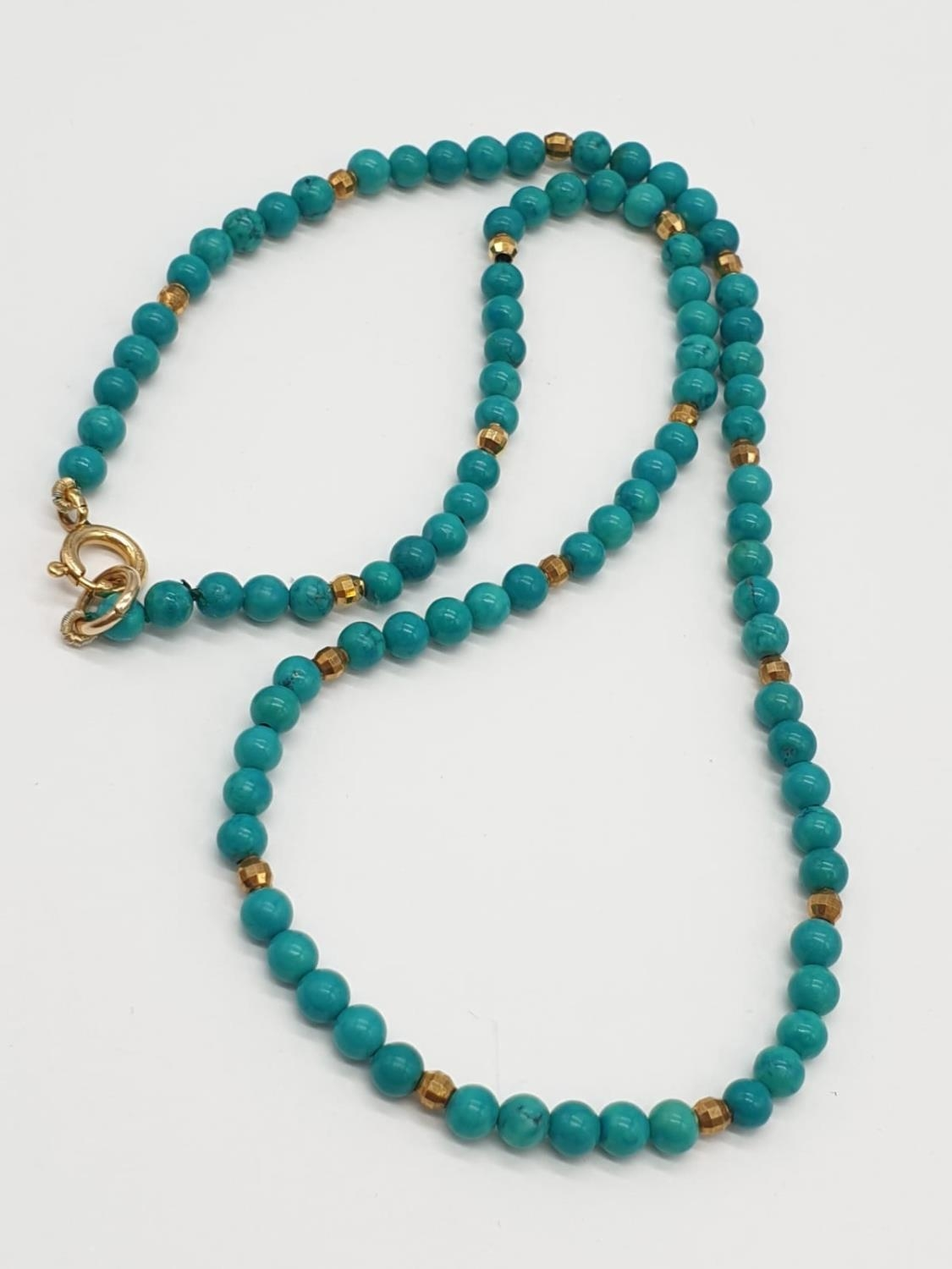 Turquoise and 9ct Gold NECKLACE. 10g 40cm - Image 2 of 5