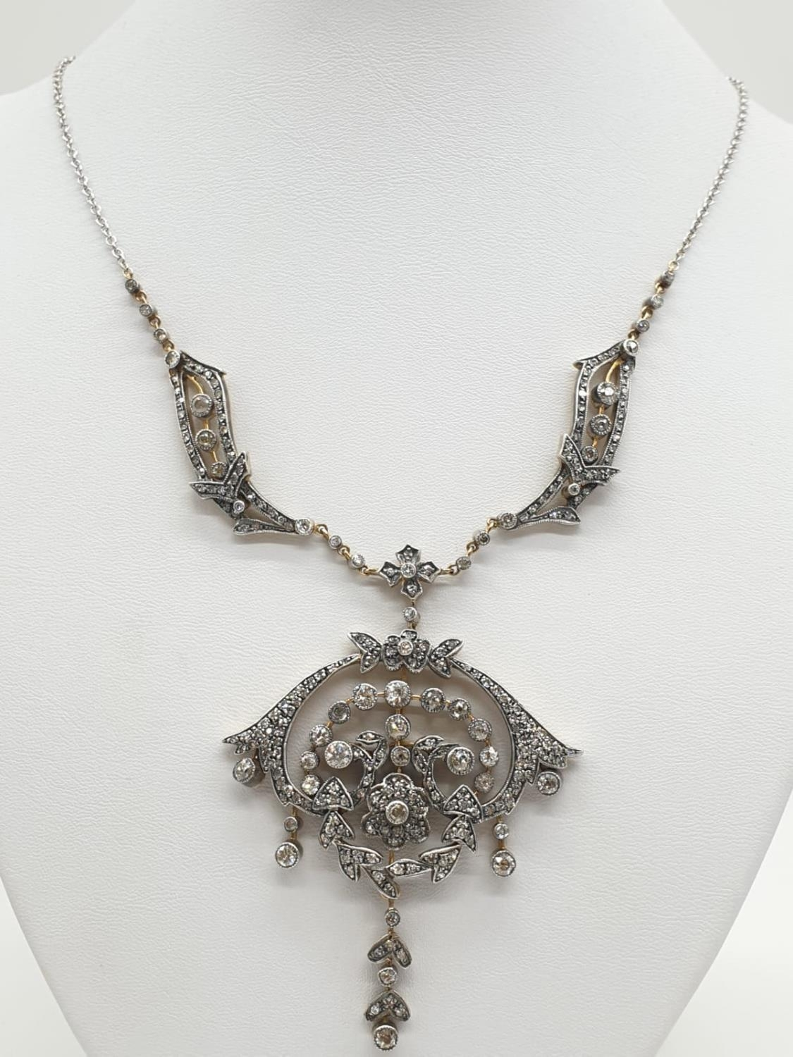 9ct Gold and Diamond Vintage PENDANT with over 3 ct of Diamonds. 42.4g 40cm length. - Image 2 of 6