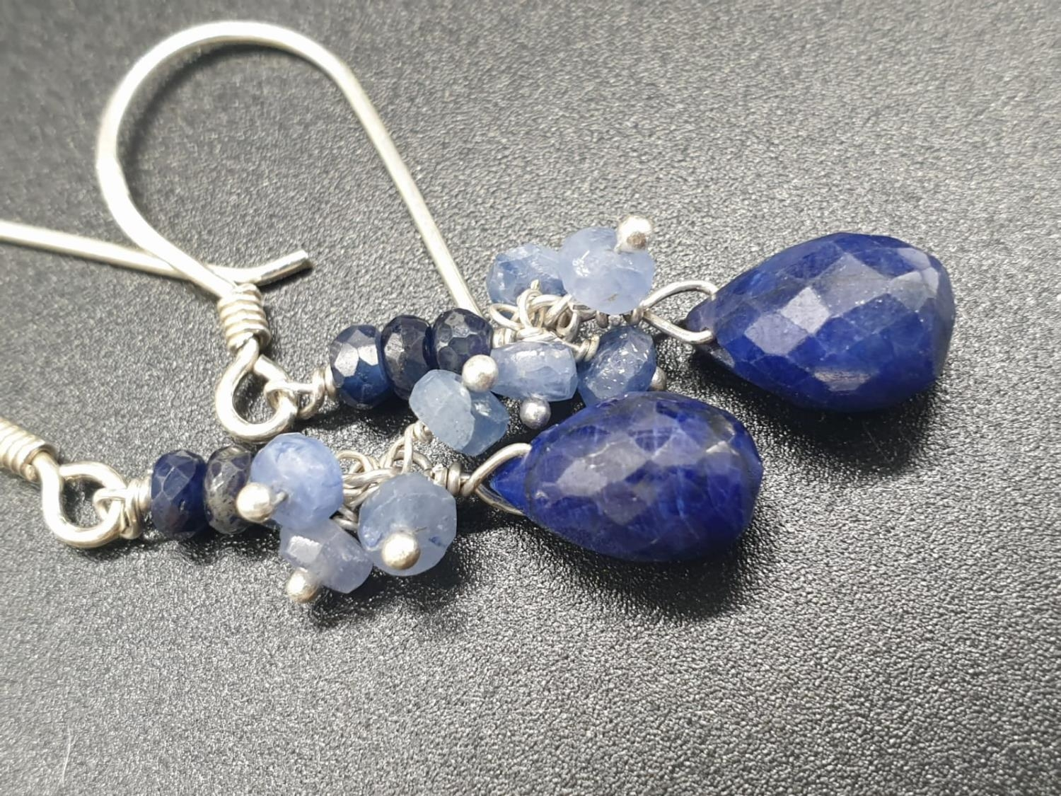 A shaded Blue sapphire Necklace with a sapphire drop and matching dangler earrings. Necklace - Image 5 of 6