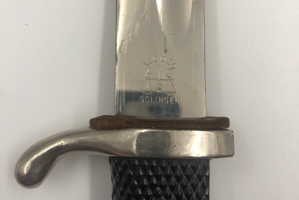 German WWII PARADE BAYONET by Alcaso Solingen, with scabbard. Total length 41 cm. - Image 5 of 5