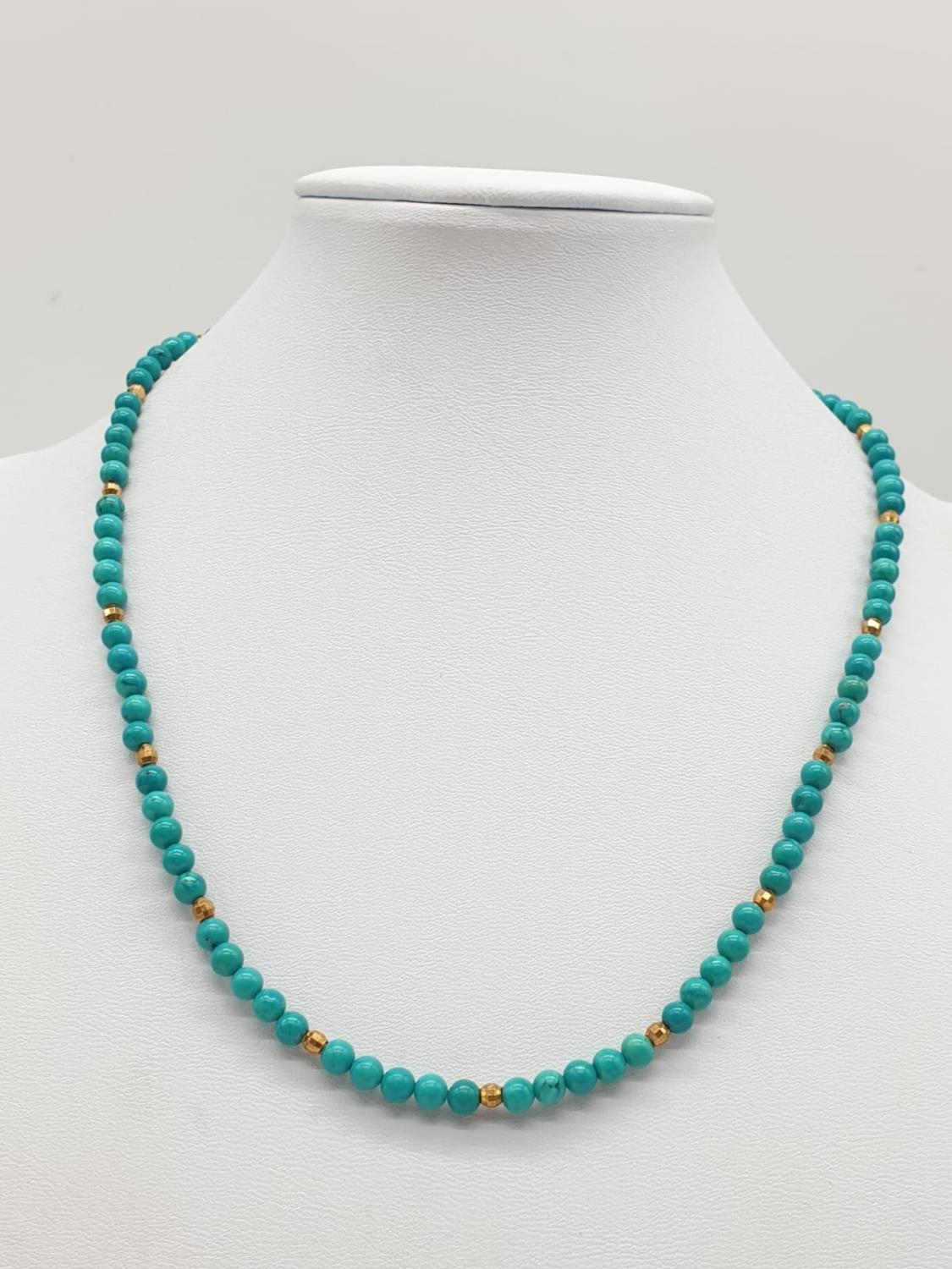 Turquoise and 9ct Gold NECKLACE. 10g 40cm