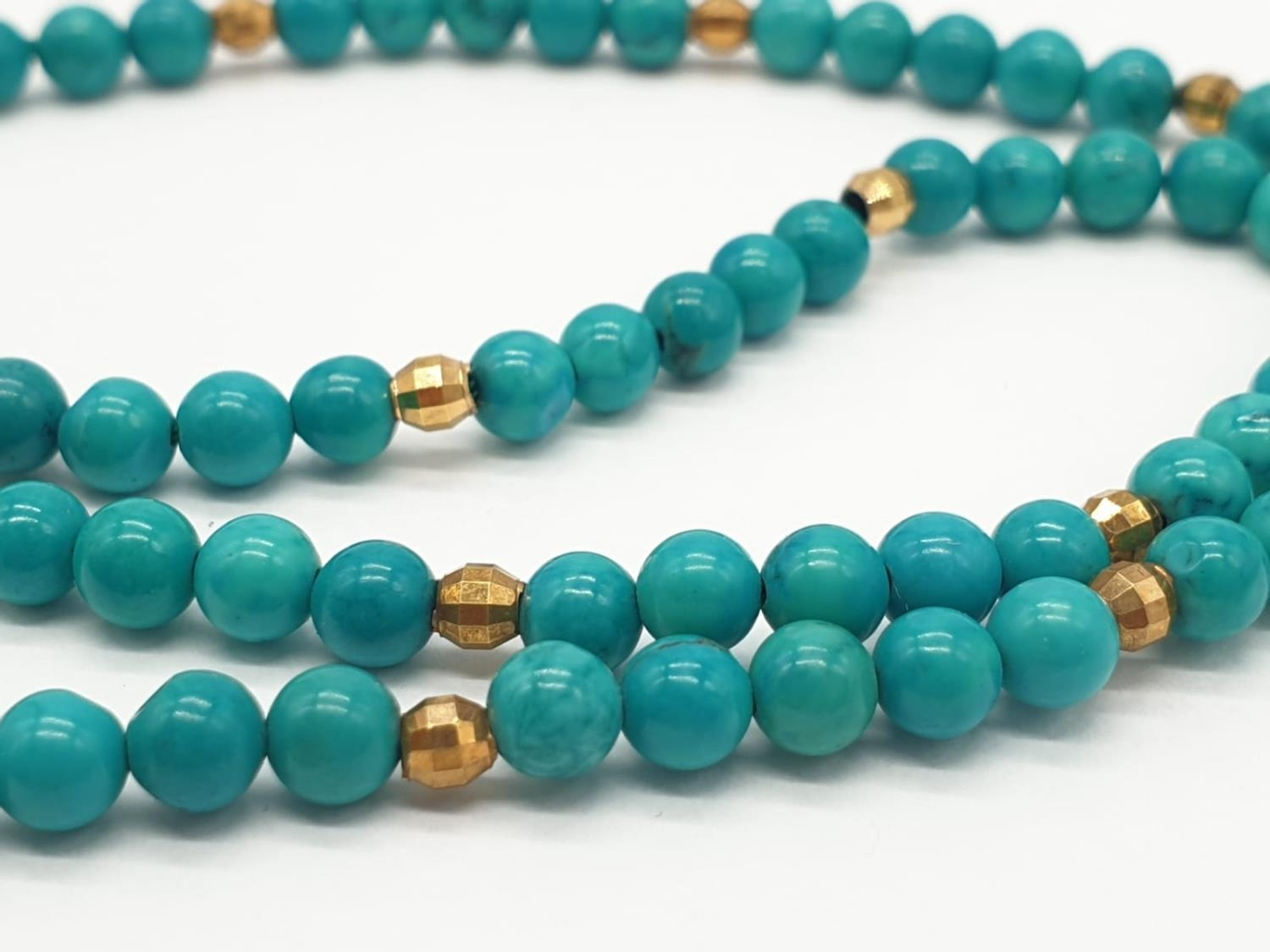 Turquoise and 9ct Gold NECKLACE. 10g 40cm - Image 3 of 5