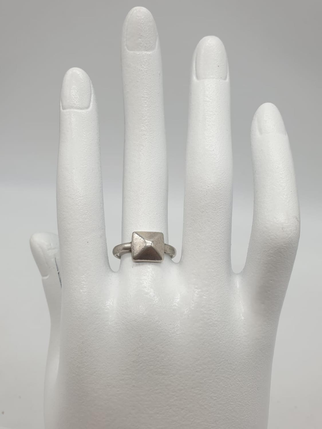 2 x Silver RINGS, Dolphin Size O. Star Size J. 5.1g - Image 12 of 12