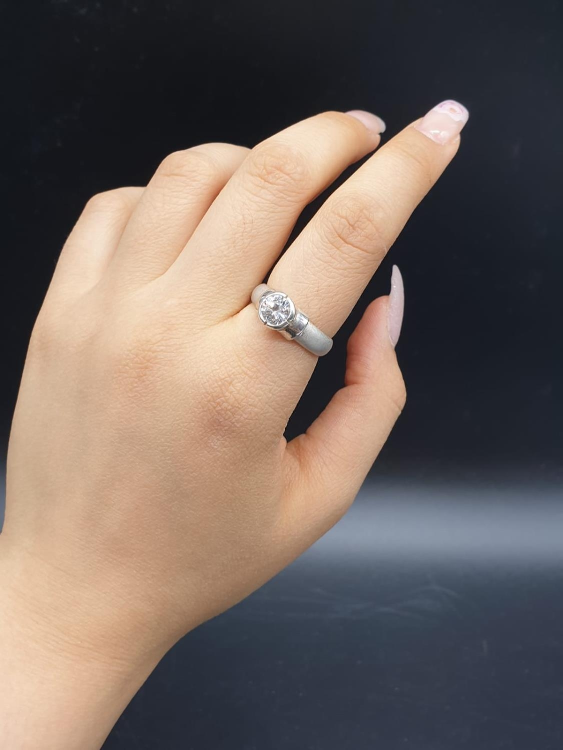 Silver Ring with large CZ Stone 3.6g Size P - Image 4 of 7