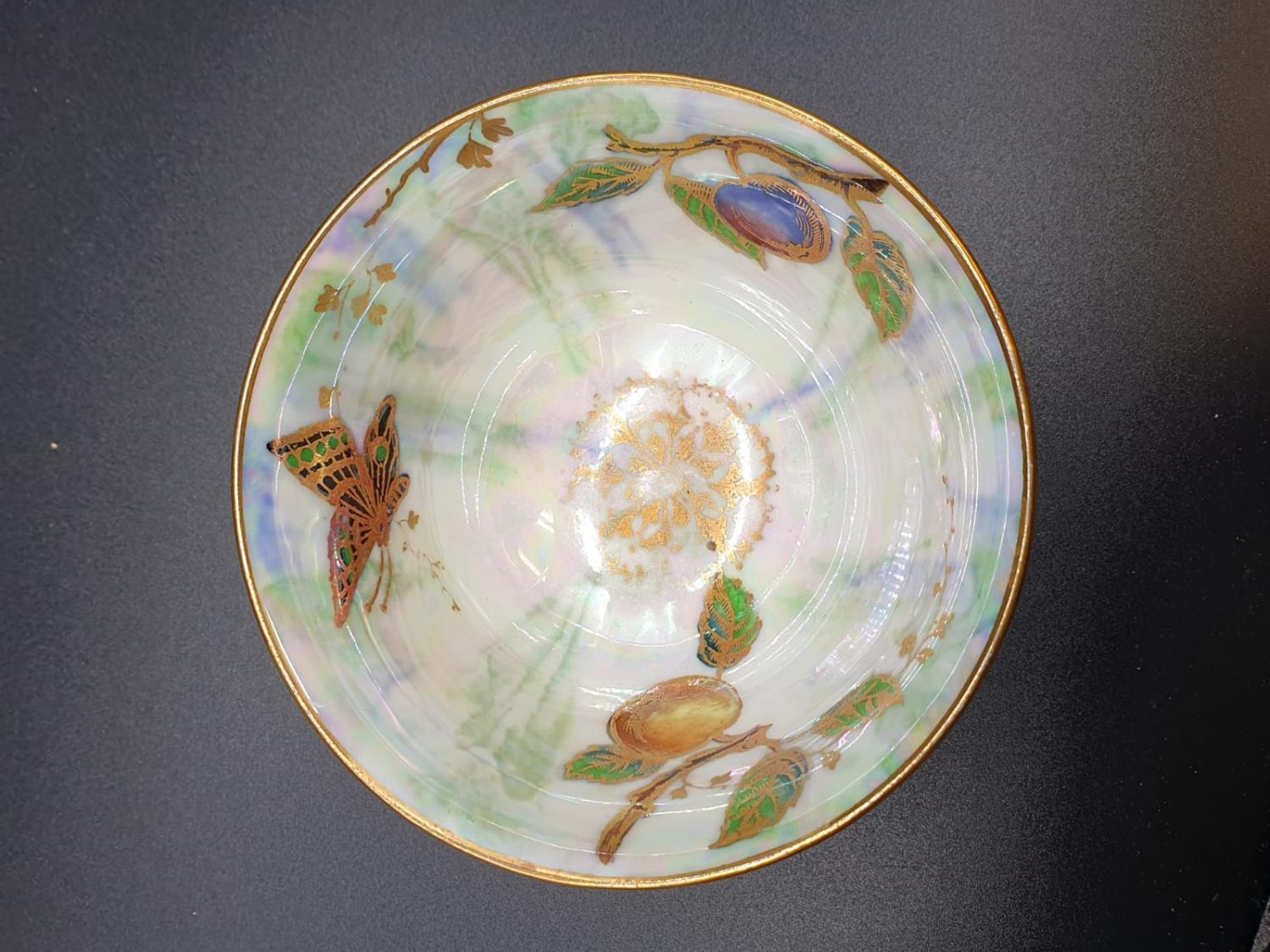 Collection of small bowls, English, Irish and Oriental. Largest bowl is 10cm in diameter. All good - Image 14 of 17