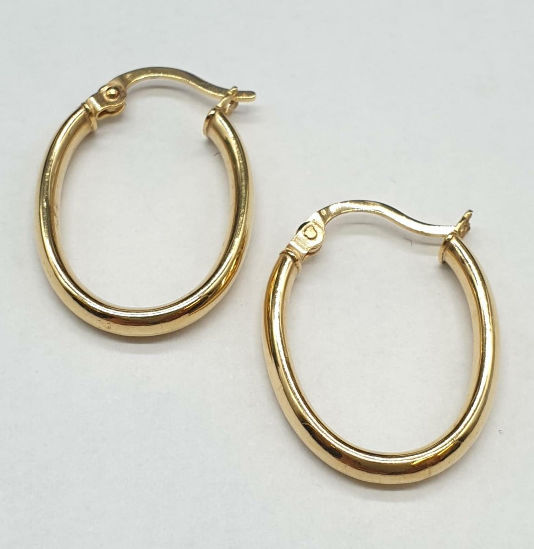 9ct Gold Oval Hoop Earrings 1.0g - Image 2 of 3