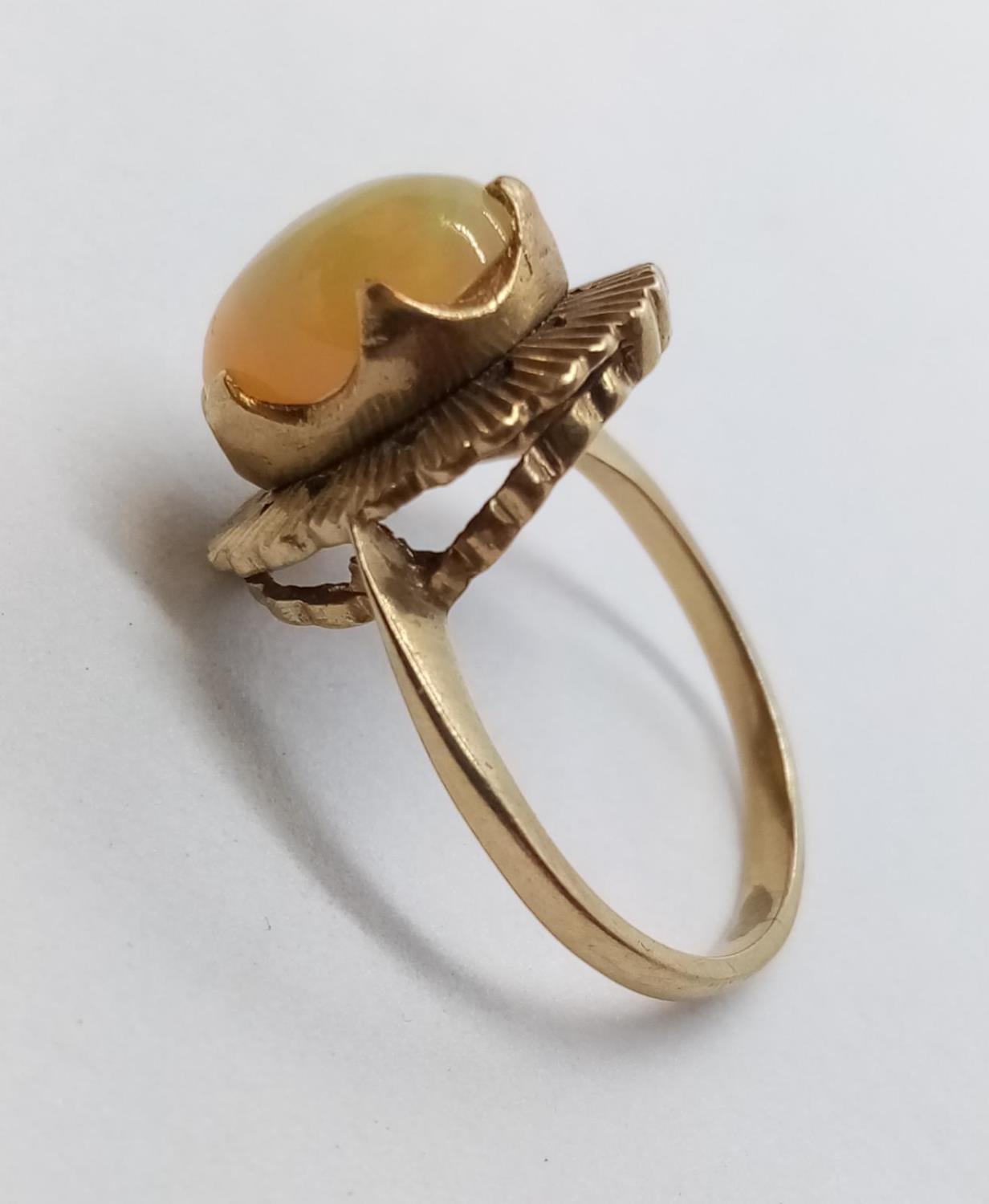 Fine Opal set in 9 cg Gold RING. 3.0g Size M. - Image 3 of 6