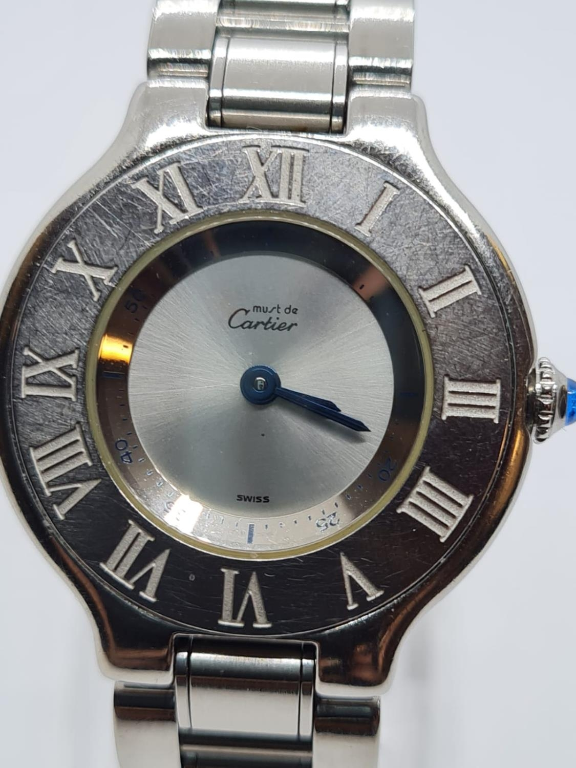 Must de Cartier Ladies WATCH with round face and Roman Numerals. 28mm case. - Image 2 of 5
