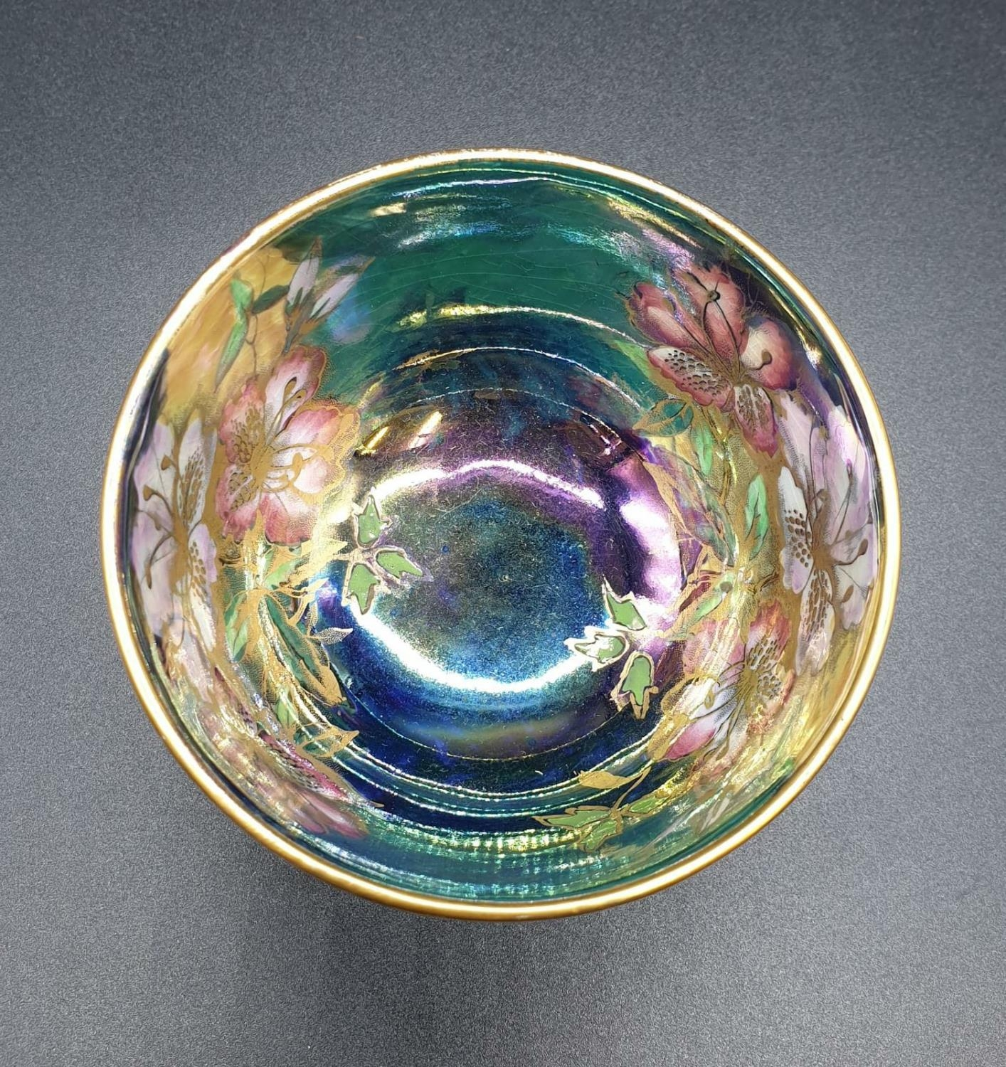Collection of small bowls, English, Irish and Oriental. Largest bowl is 10cm in diameter. All good - Image 3 of 17